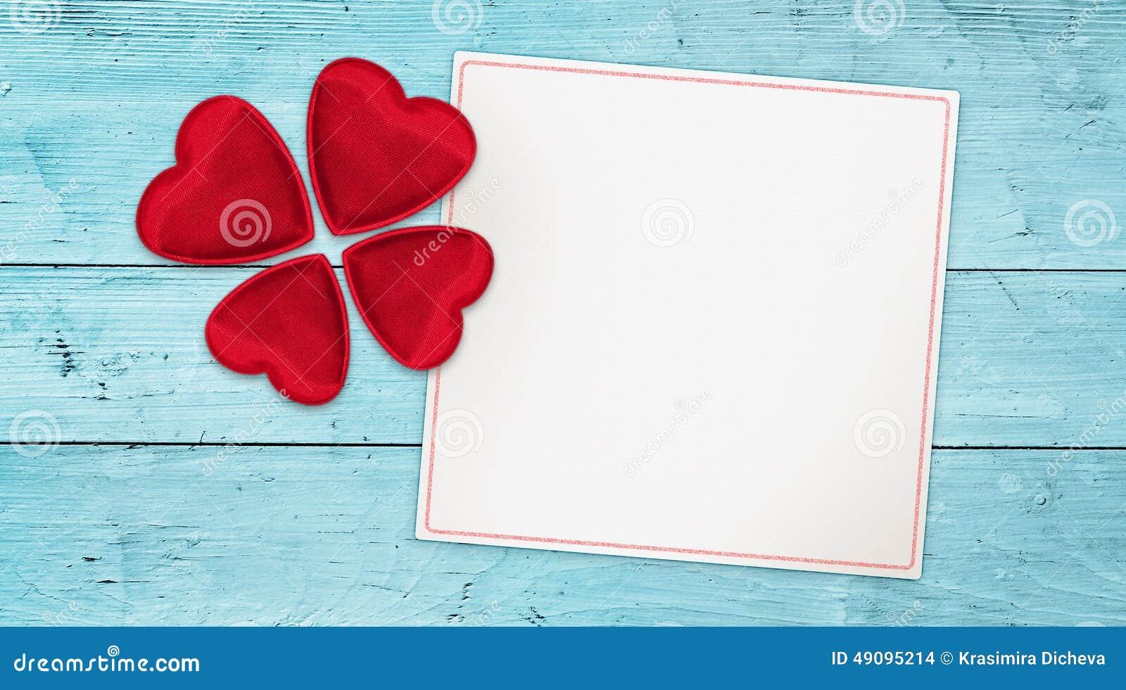 Amor afortunado que deseja a bandeira