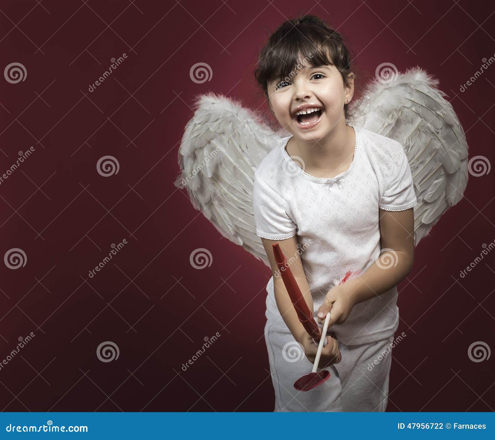 Amorek mała dziewczynka