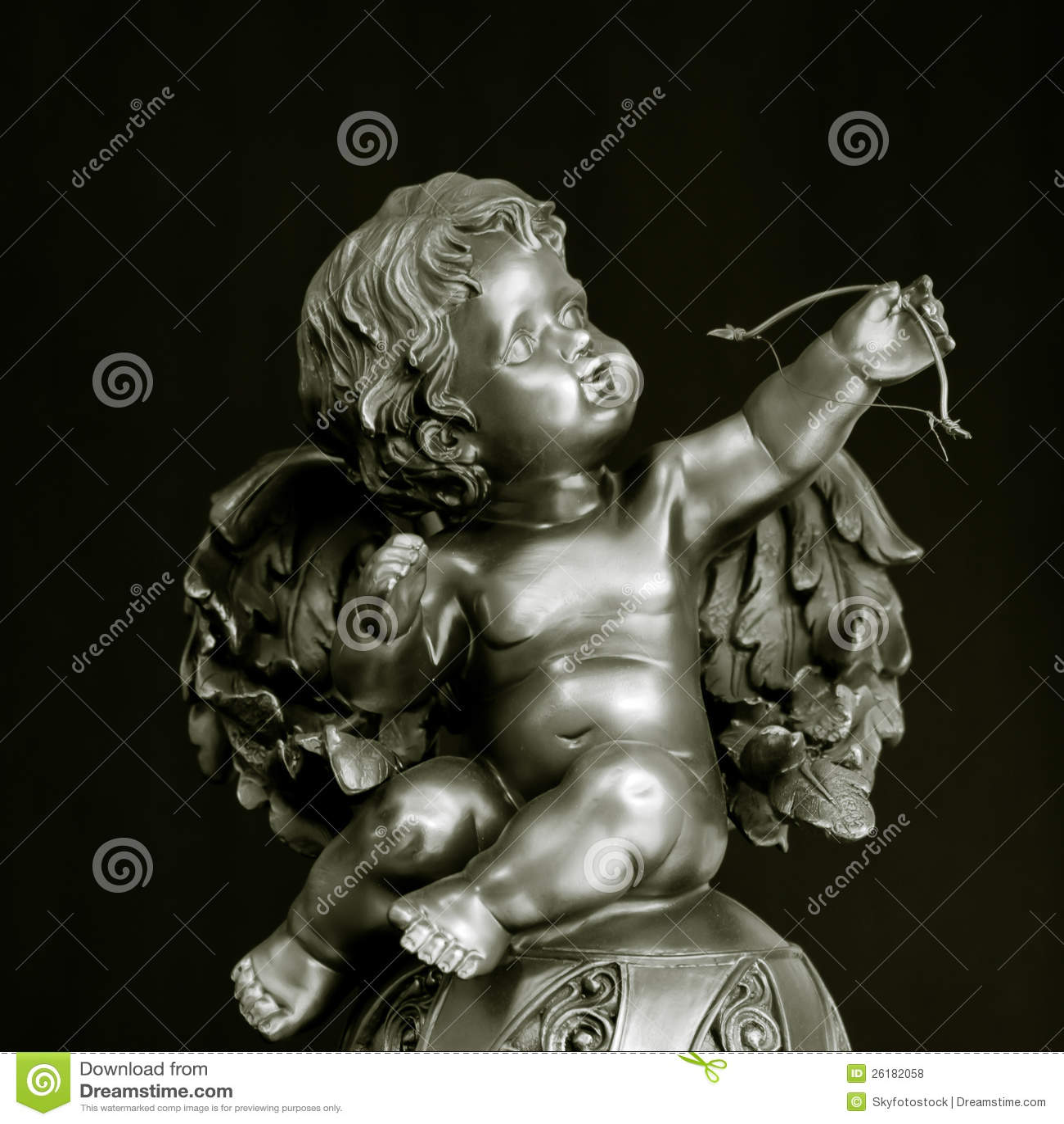 Amorek statua