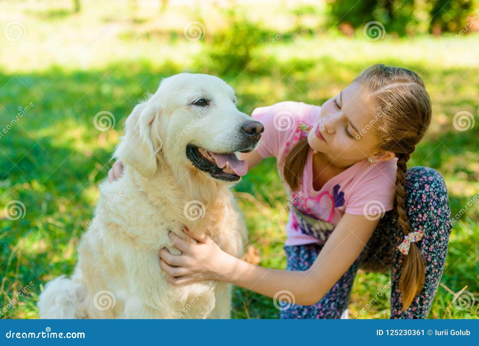 Amour fille avec animal [PUNIQRANDLINE-(au-dating-names.txt) 48