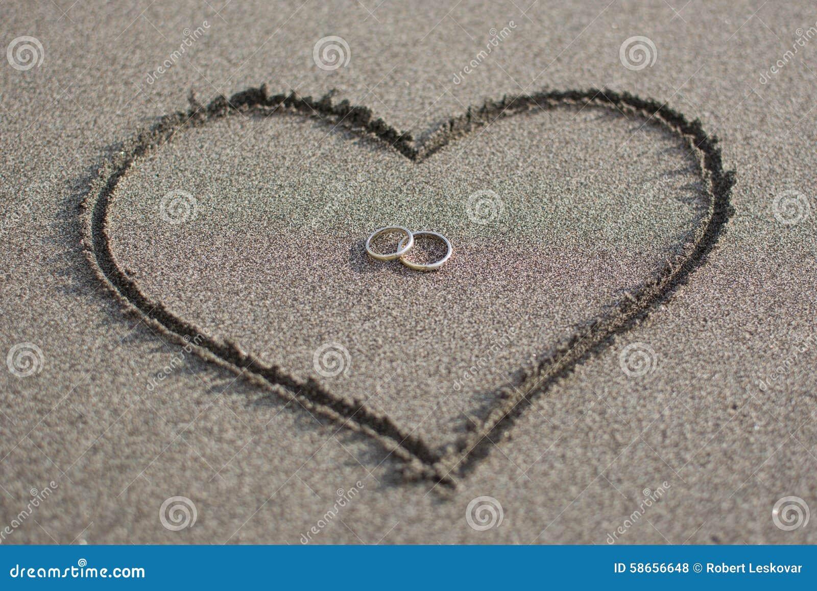 Amour et mariage sur la plage