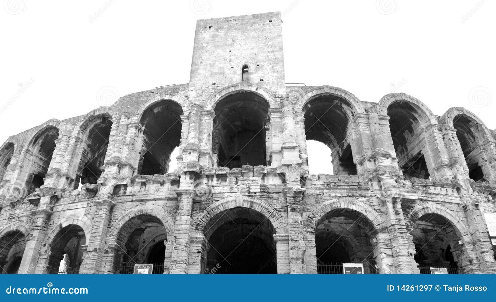 Amphitheatre dans Arles