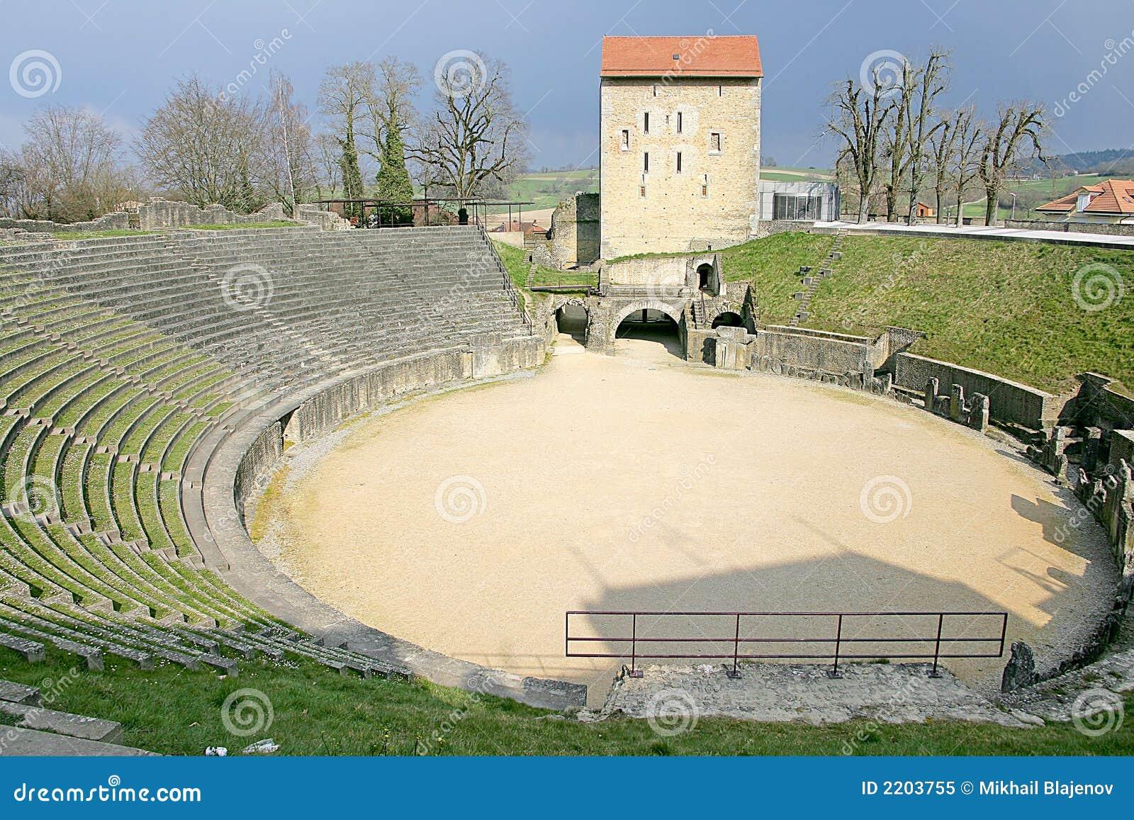 Amphitheatre romano 1