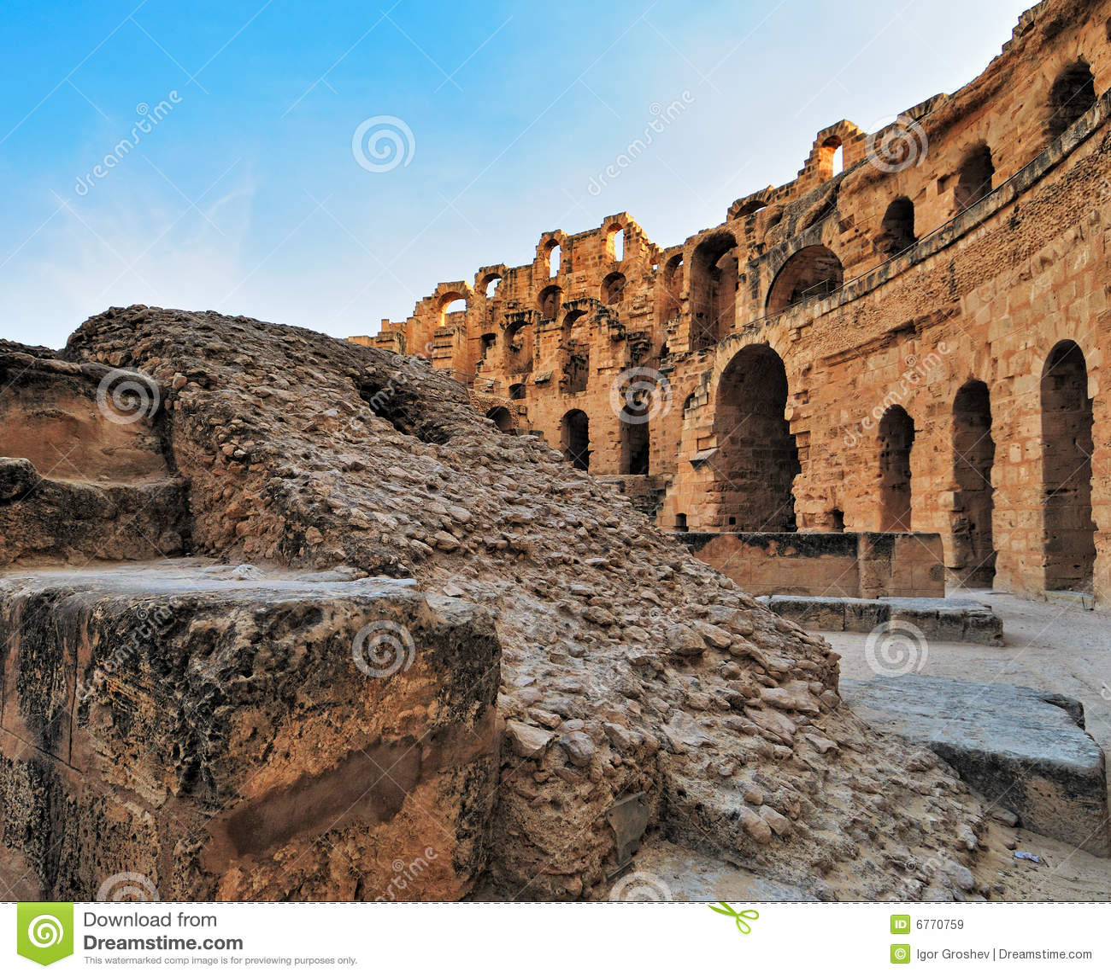 Amphitheatre romano do EL Jem