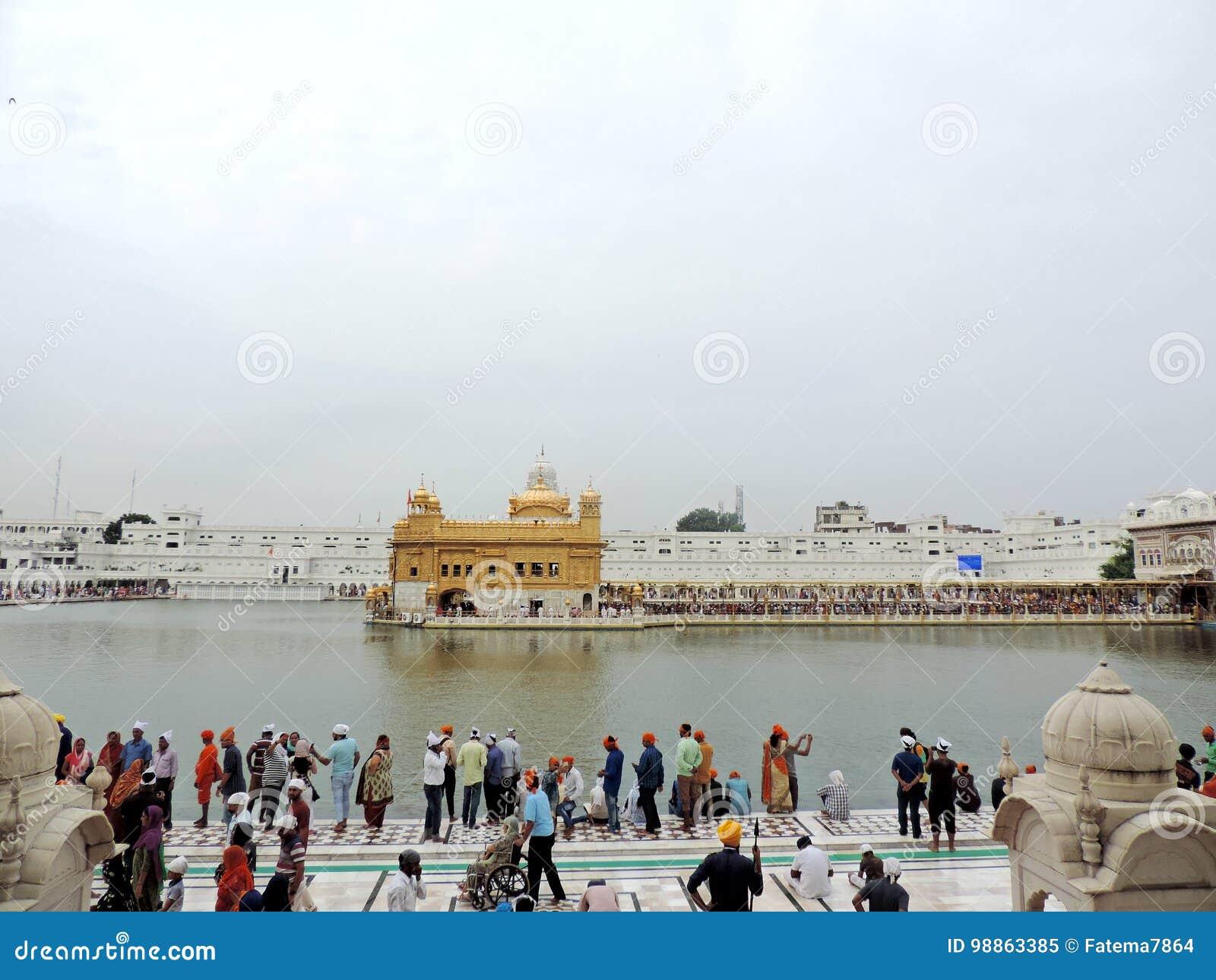 Amritsar guld- india solnedgångtempel