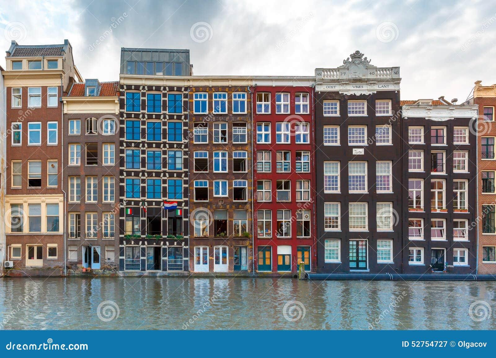 Häuser In Holland : amsterdam kan le und typische h user holland stockbild ~ Watch28wear.com Haus und Dekorationen