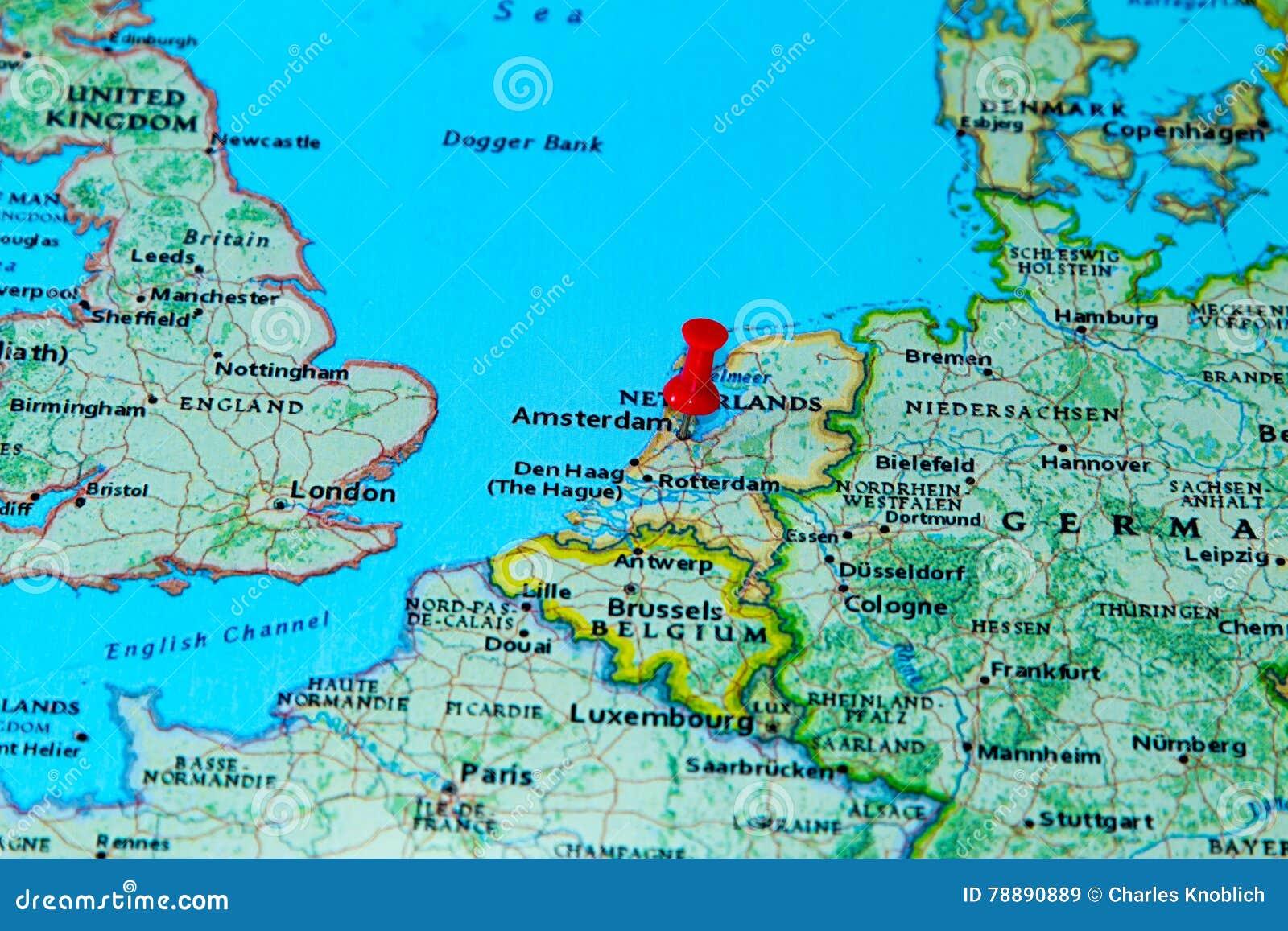 Carte De Leurope Pays Bas.Amsterdam Pays Bas A Goupille Sur Une Carte De L Europe