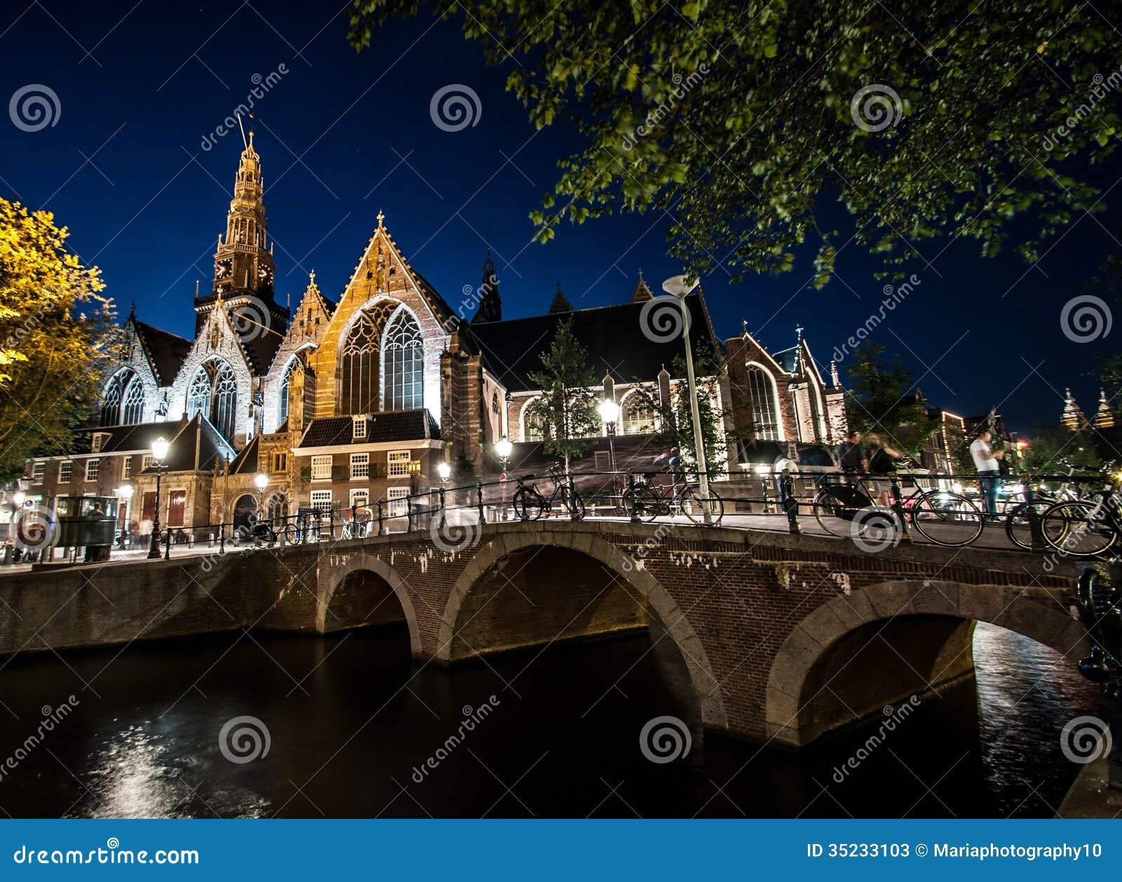 Amsterdam vid natt
