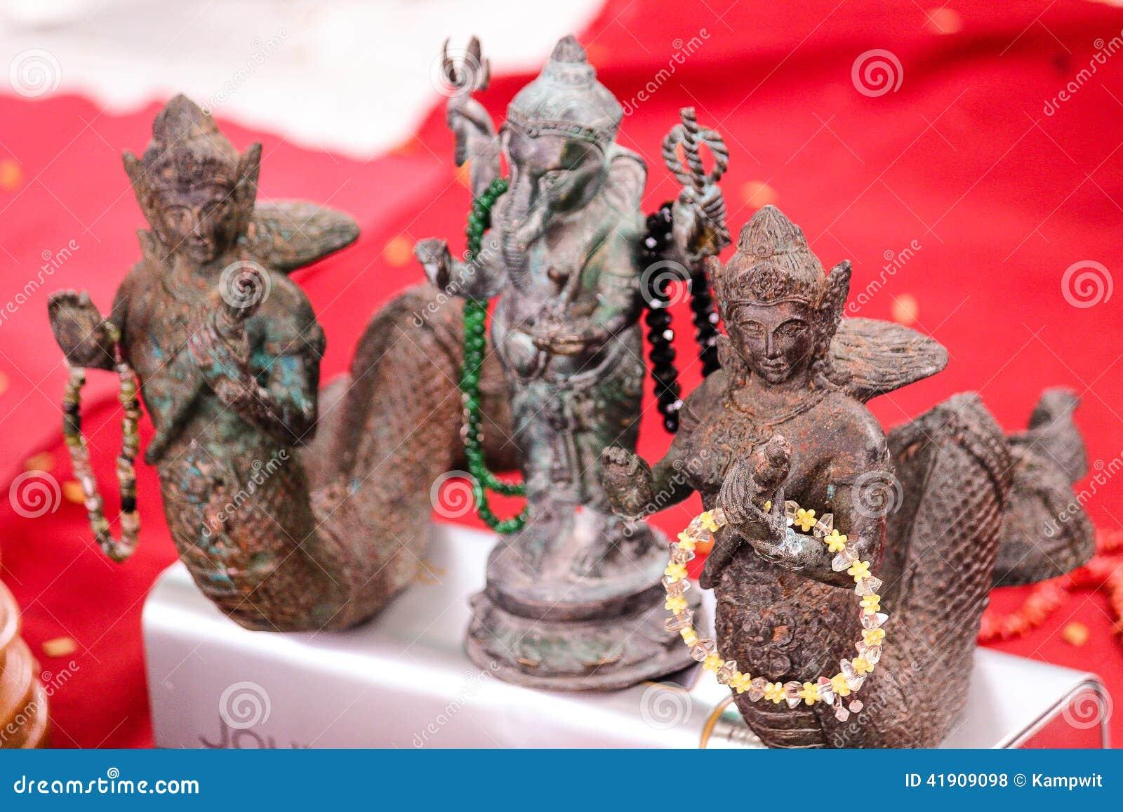 Amuletos hindúes hermosos de Buddhis