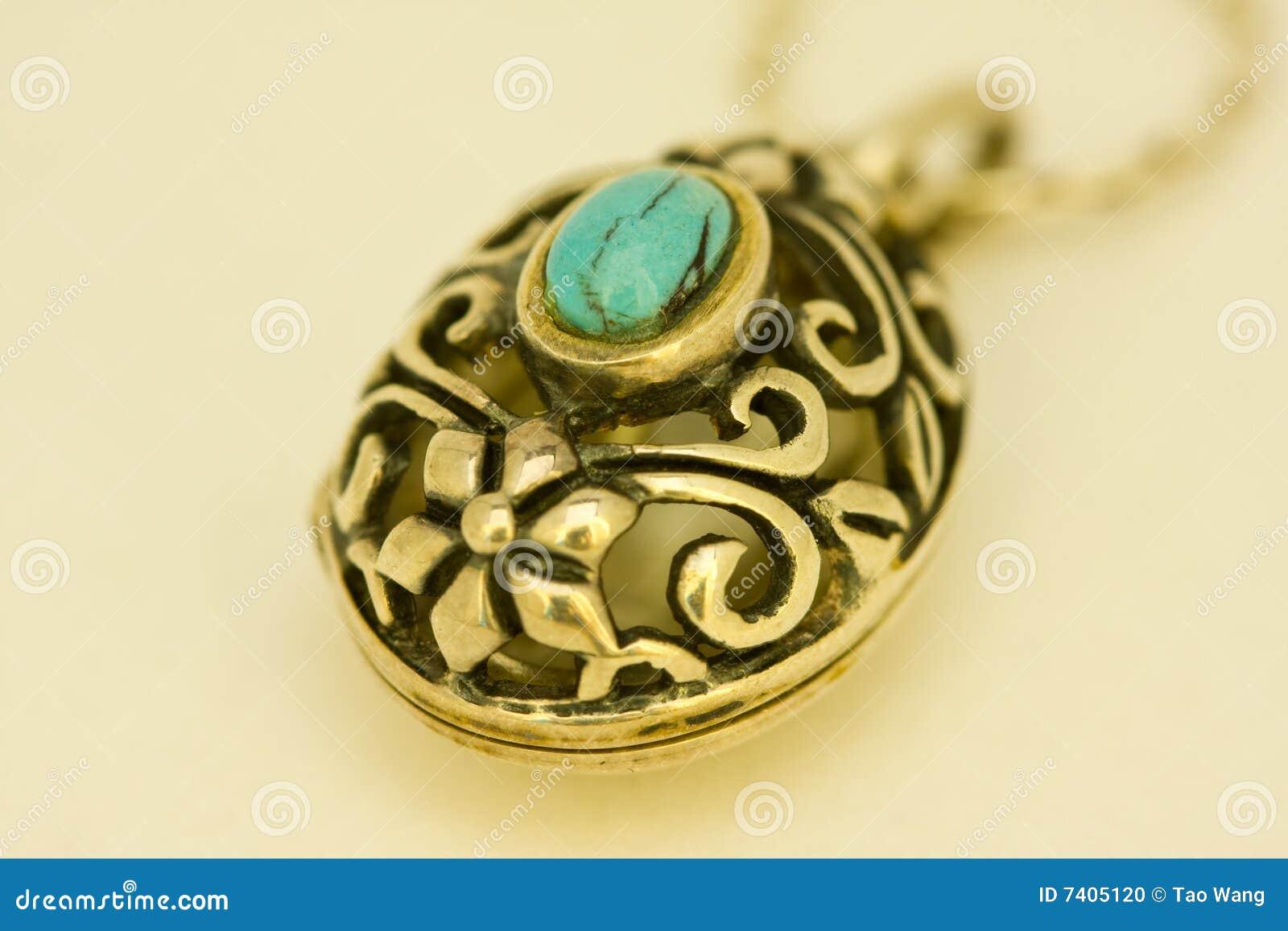 Goldenes Amulett