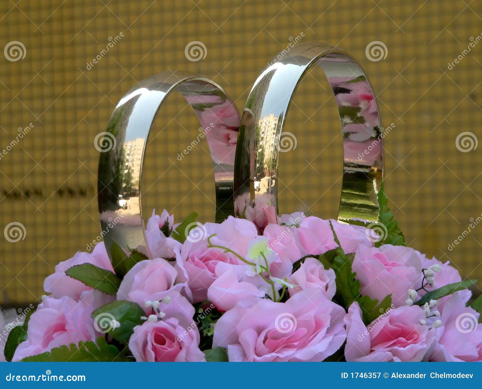 Anéis de casamento dourado