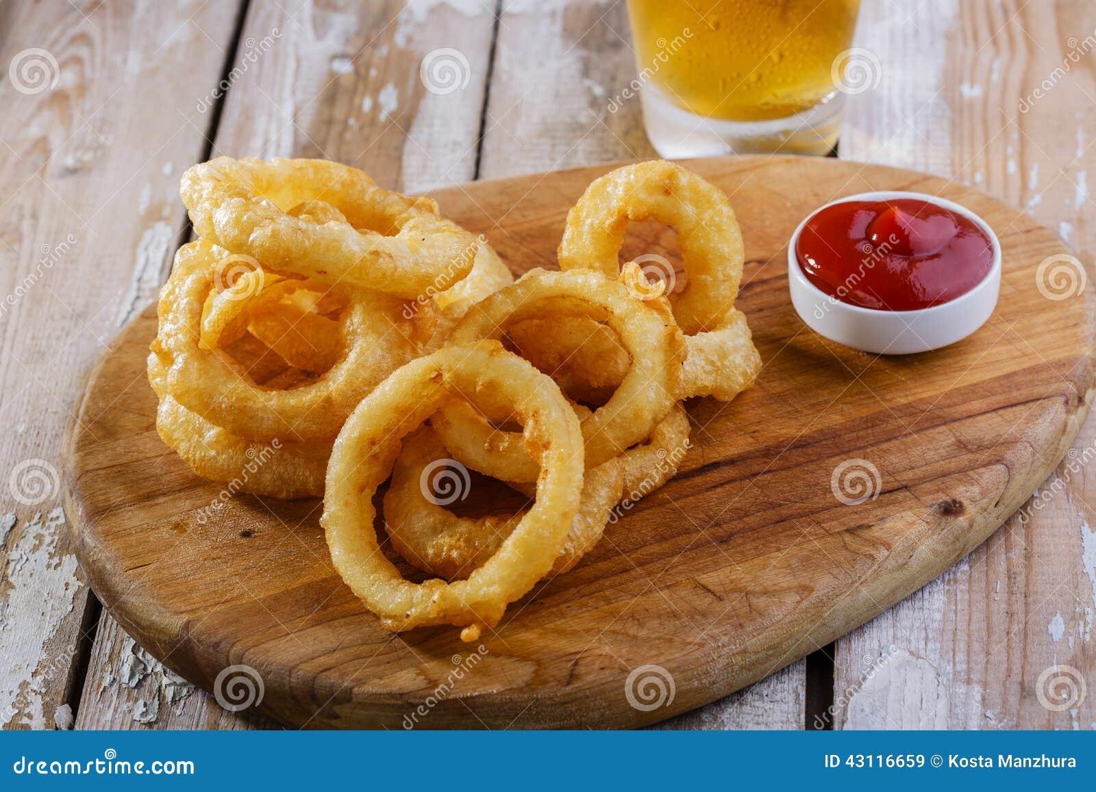 Anéis de cebola fritados