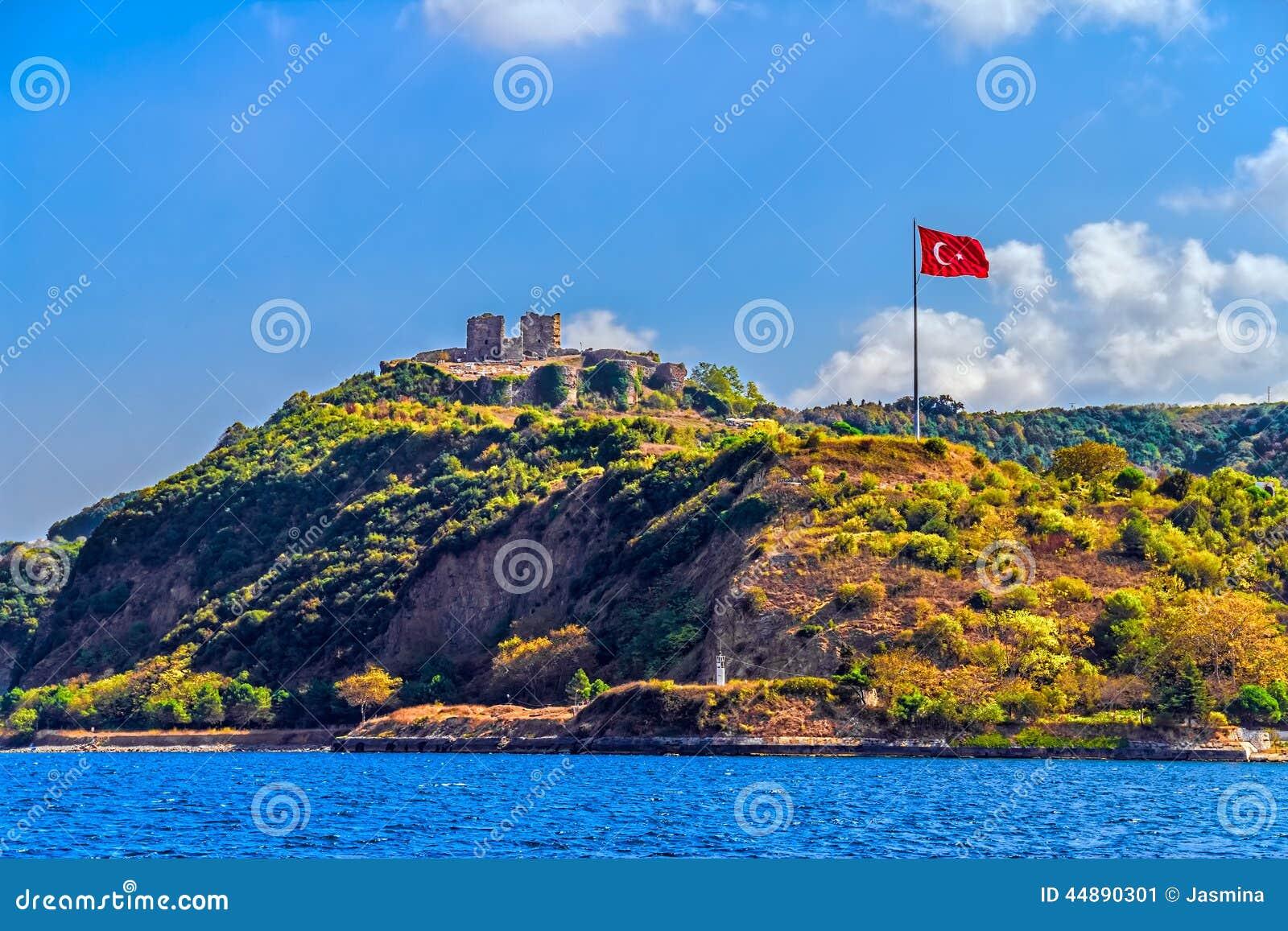 Anadolu Kavagi With Yoros Castle Stock Photo - Image: 44890301