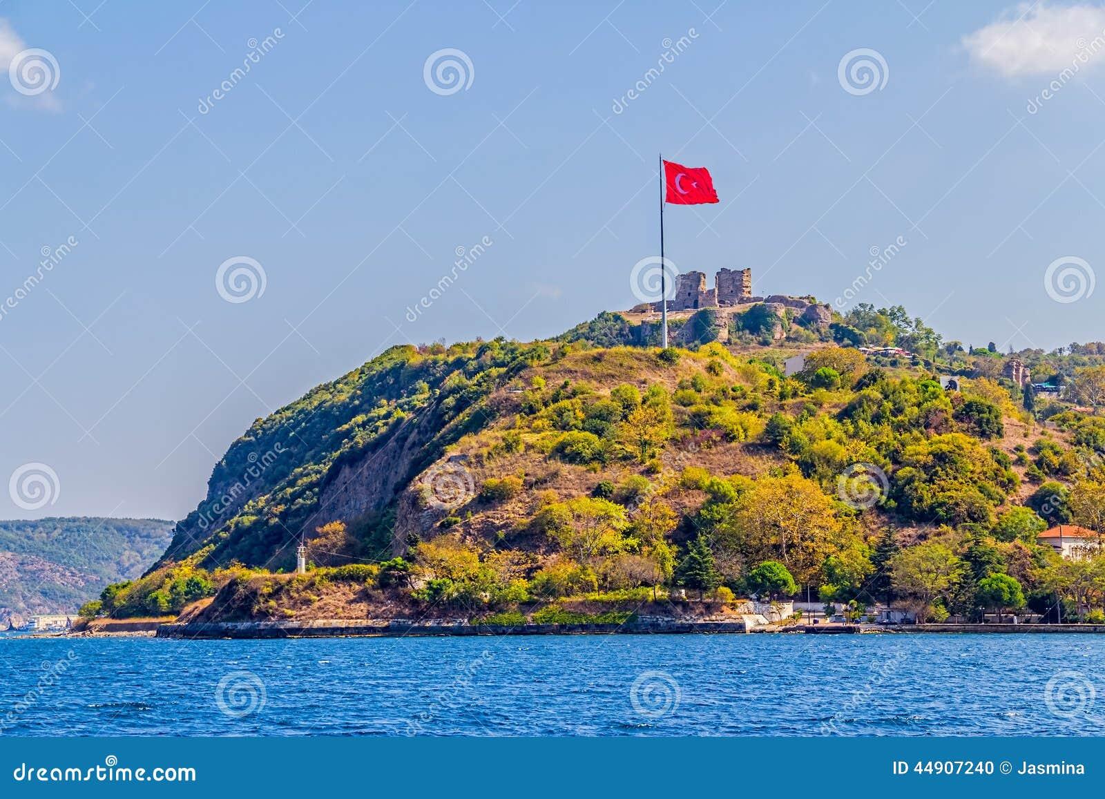 Anadolu Kavagi With Yoros Castle Stock Photo - Image: 44907240