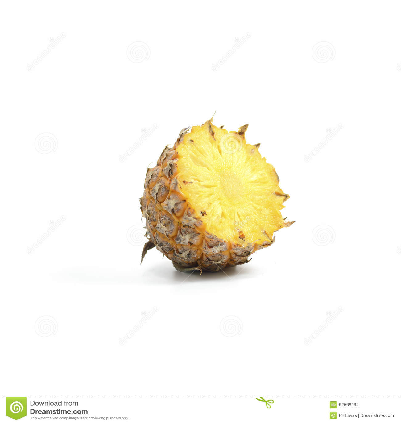 Ananas con l isolato delle fette su fondo bianco, Frui tropicale