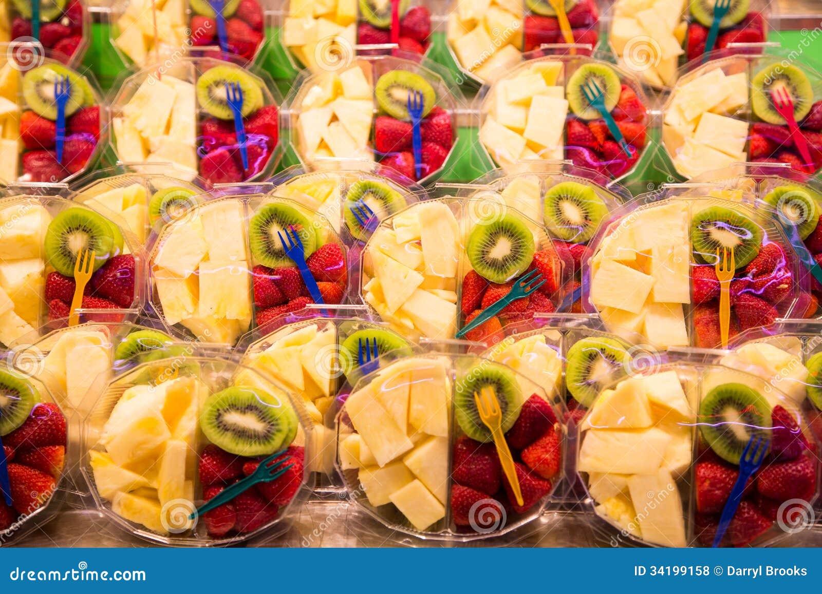 ananas erdbeere und kiwi to go lizenzfreie stockfotos bild 34199158. Black Bedroom Furniture Sets. Home Design Ideas