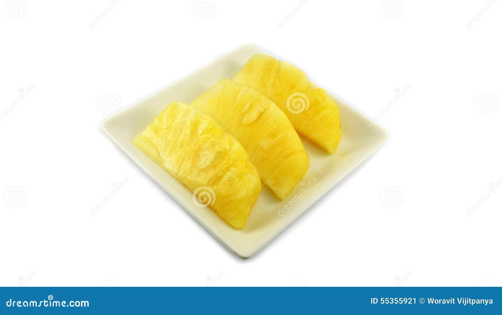 Ananas sul piatto