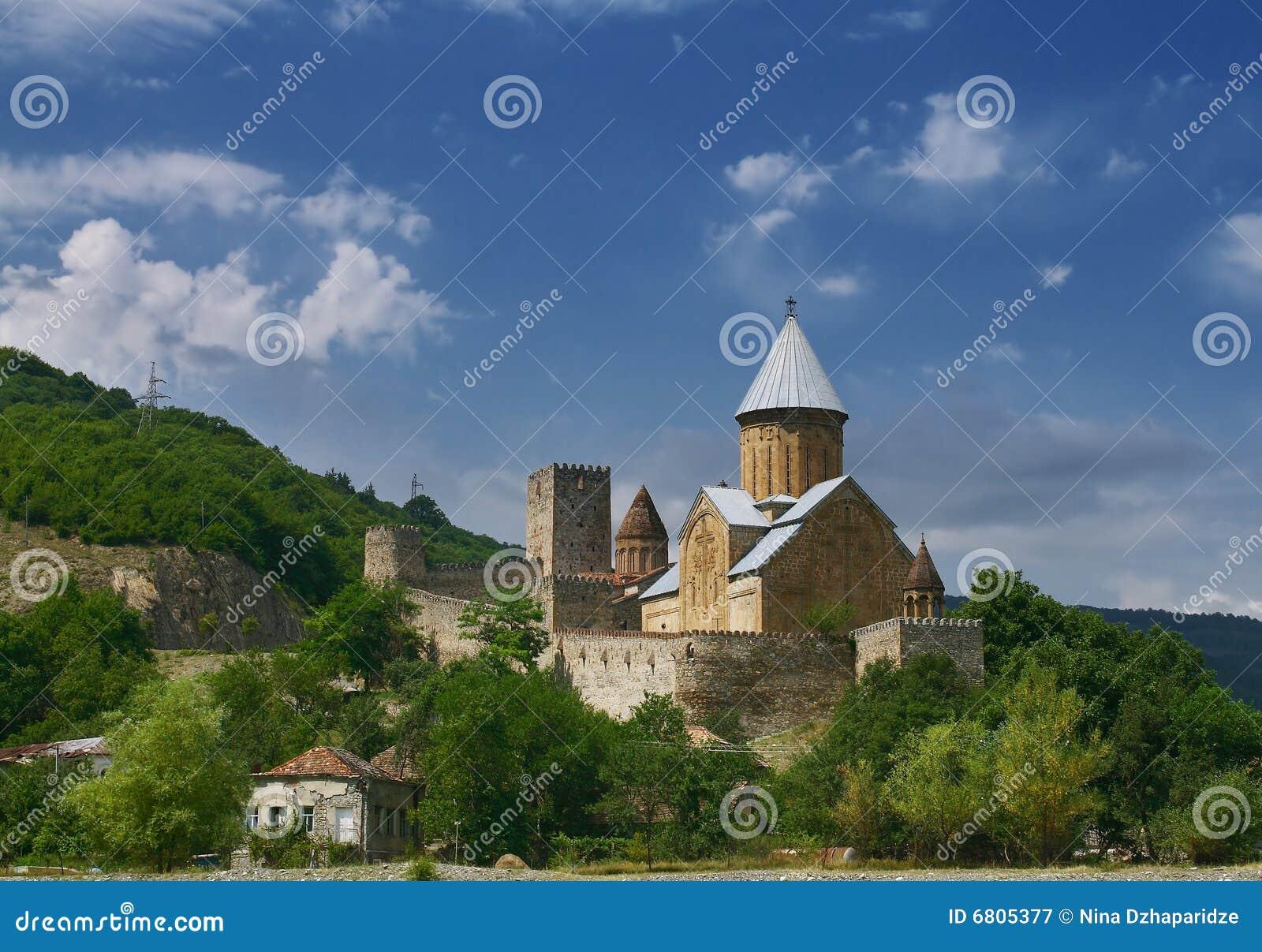 Ananuri Schloss