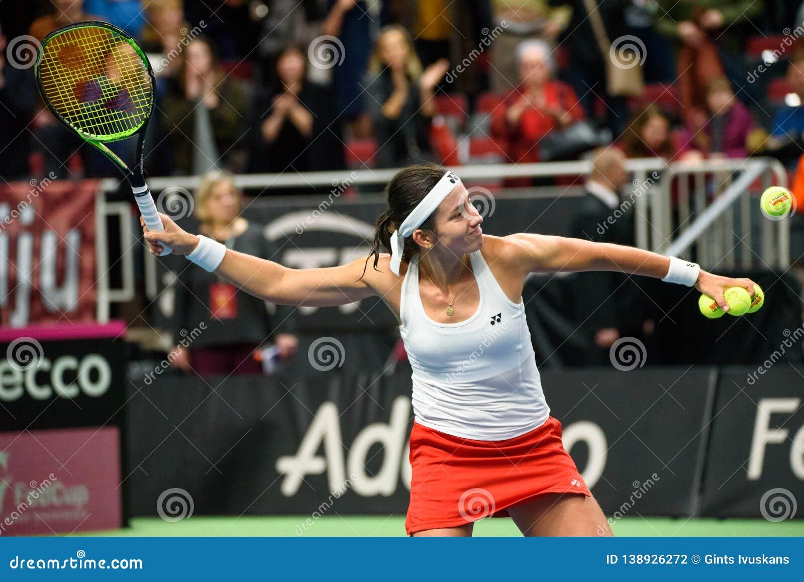 Anastasija Sevastova después del triunfo, durante juego redondo del grupo II del mundo el primer entre el equipo Letonia y el equ