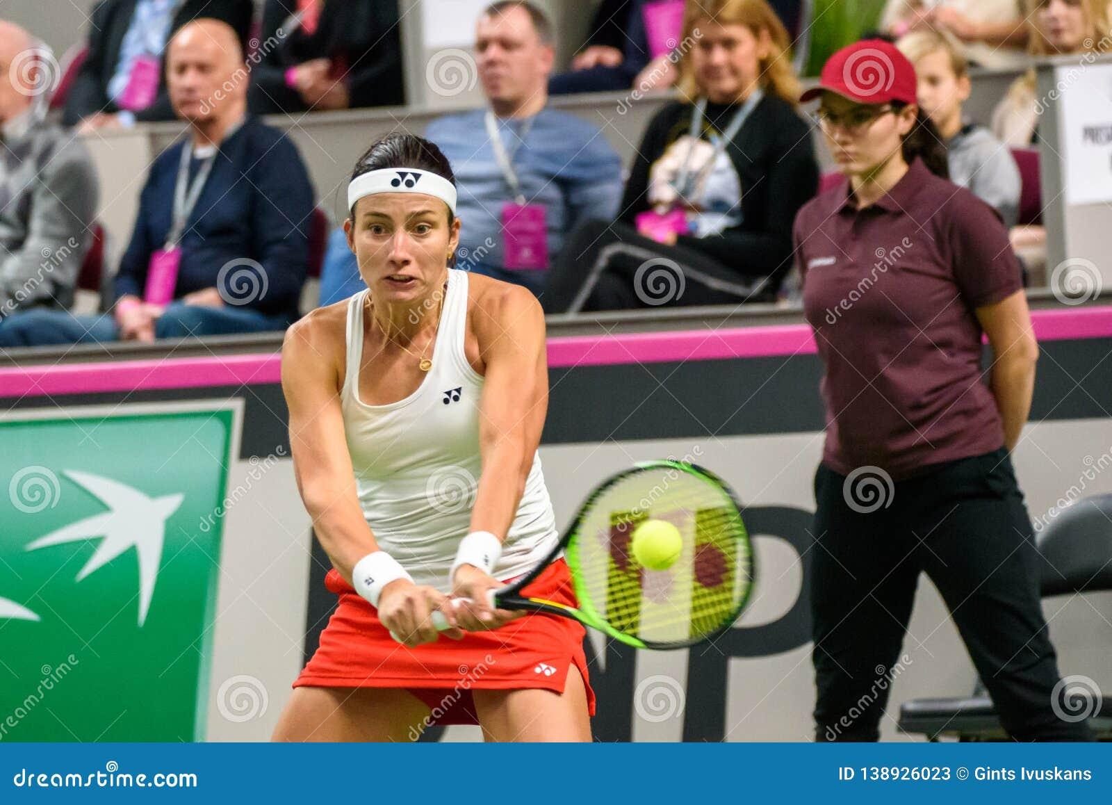 Anastasija Sevastova, durante juego redondo del grupo II del mundo el primer entre el equipo Letonia y el equipo Eslovaquia