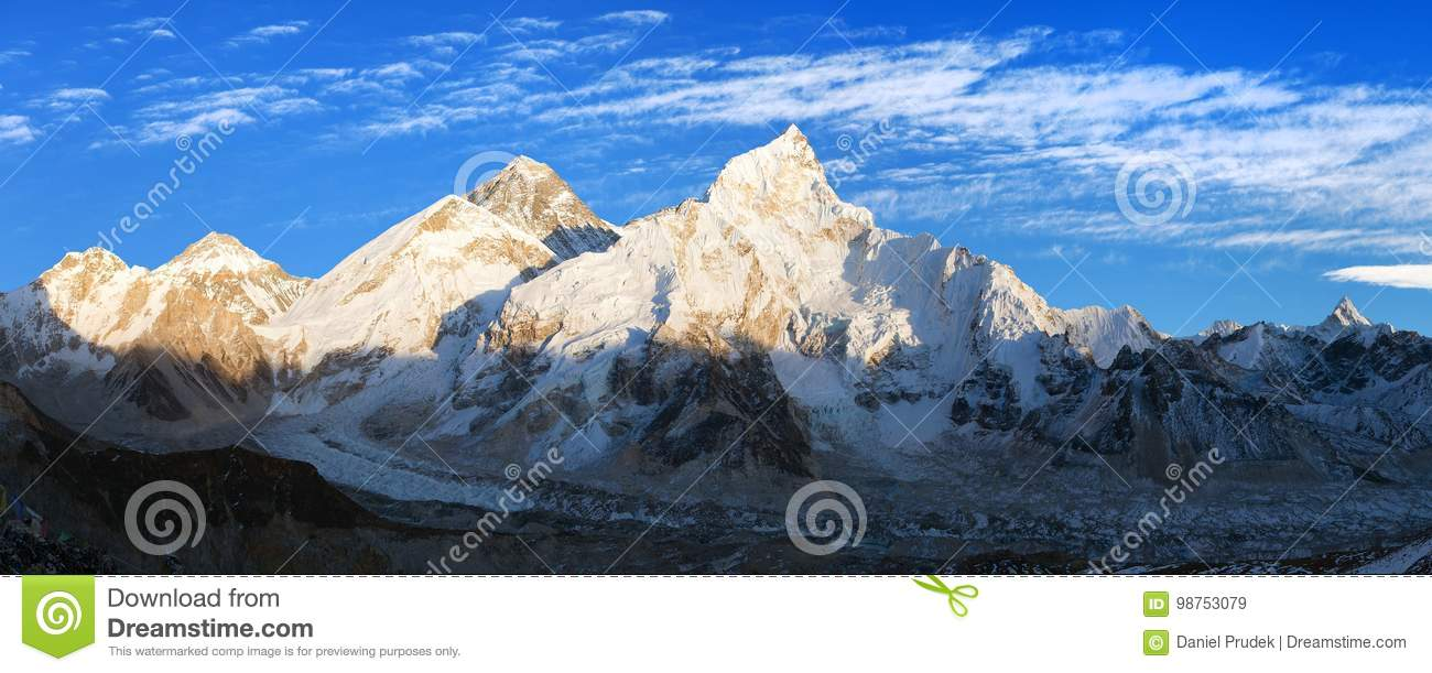 Anche vista panoramica dell Everest da Kala Patthar