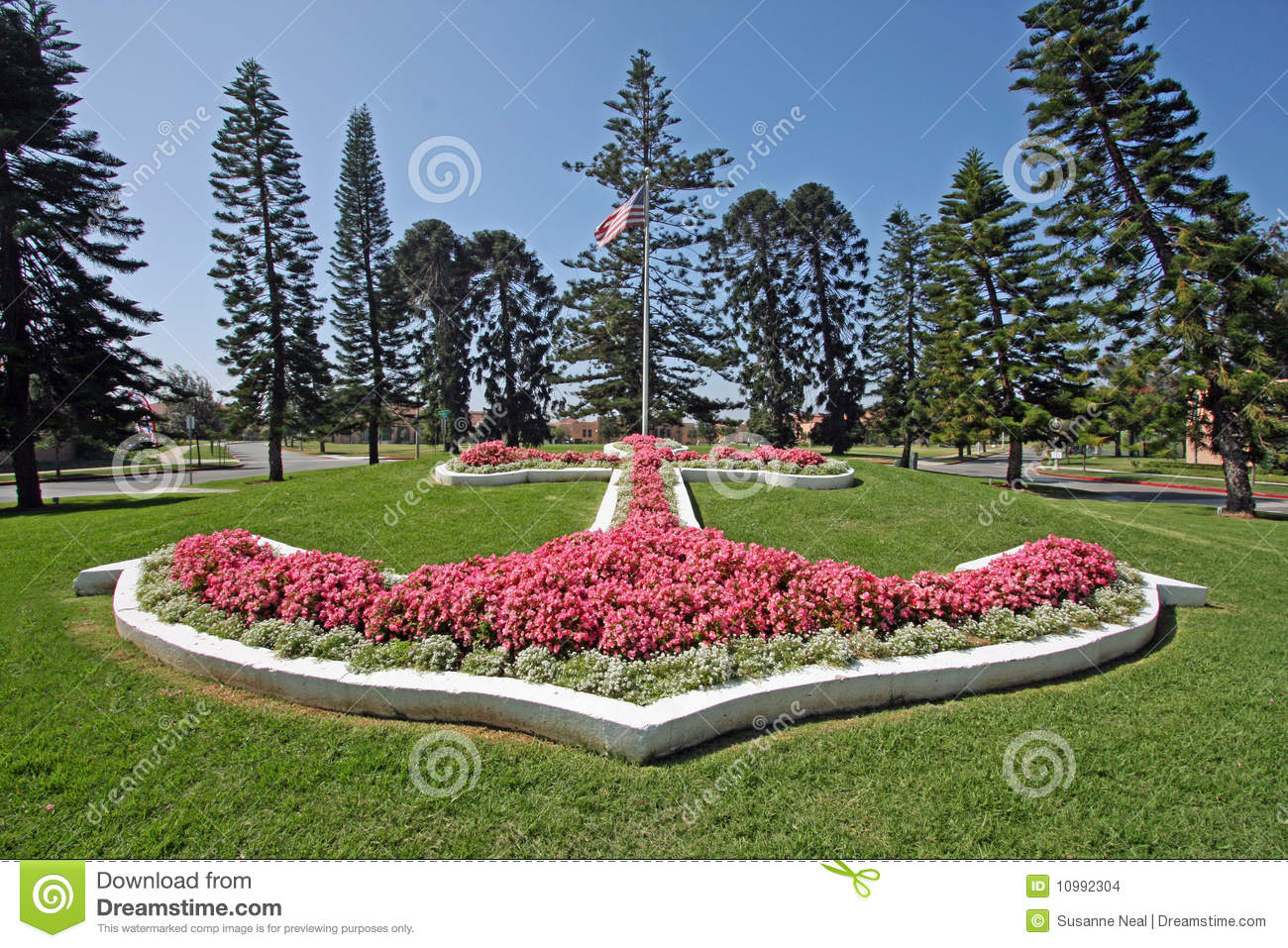 Anchor made of flowers stock images image 10992304
