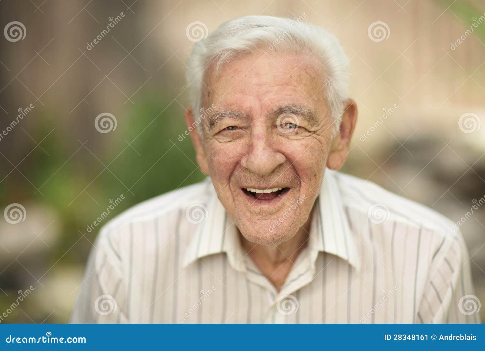 Ancião feliz