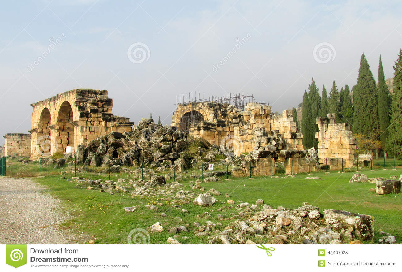 Ancient Antique City Ruins Of Hierapolis Stock Photo - Image: 48437925