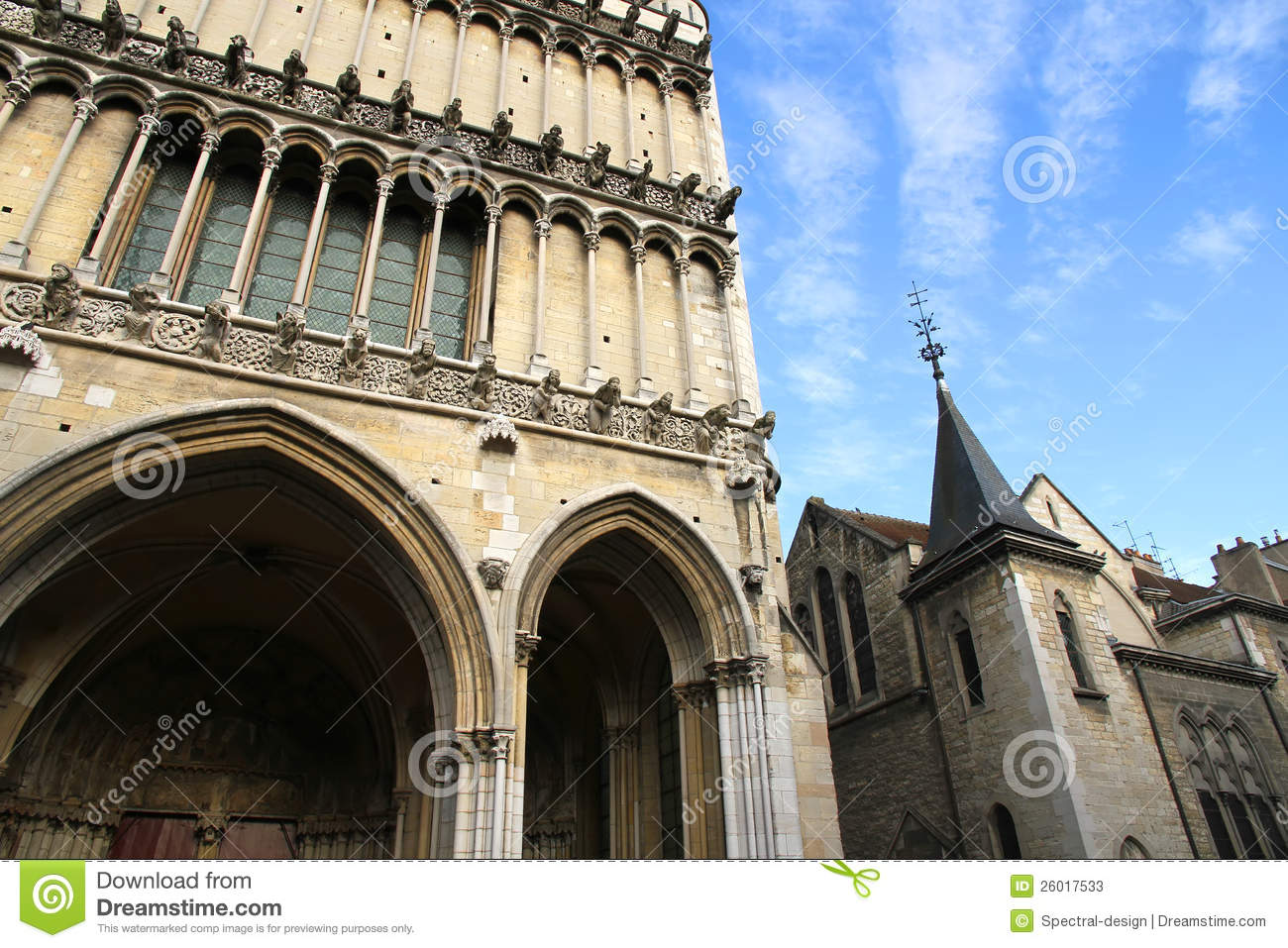 Ancient architecture in dijon stock photos image 26017533 for Dijon architecture