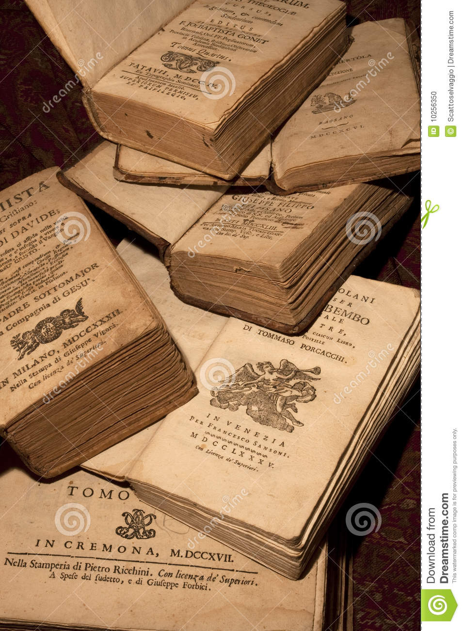 Ancient books of the 18th century. Some ancient books printed in Italy from 1700 to 1800.