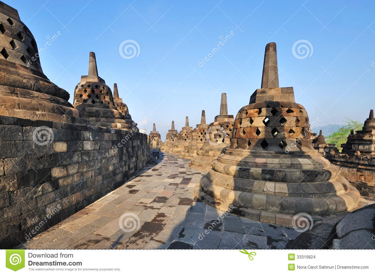 java center buddhist dating site Ancient buddhist temple  borobudur temple compounds this famous buddhist temple, dating from the 8th and 9th centuries, is located in central java.