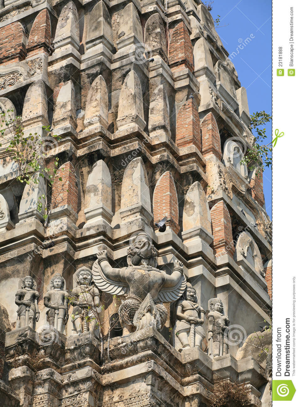 Ancient decoration of mystery animals on pagoda royalty for Ancient decoration