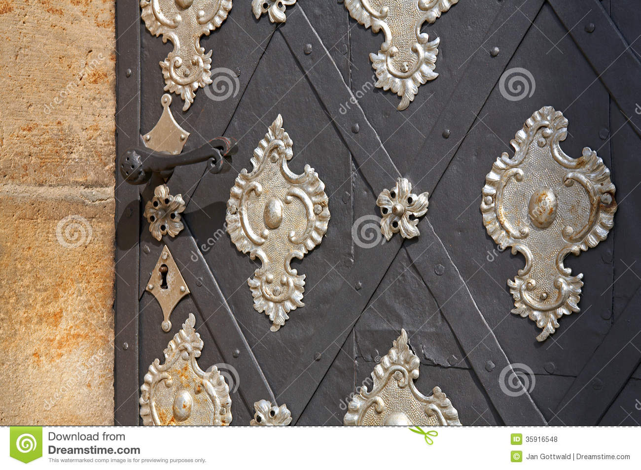 Ancient door royalty free stock photos image 35916548 for Door z prague