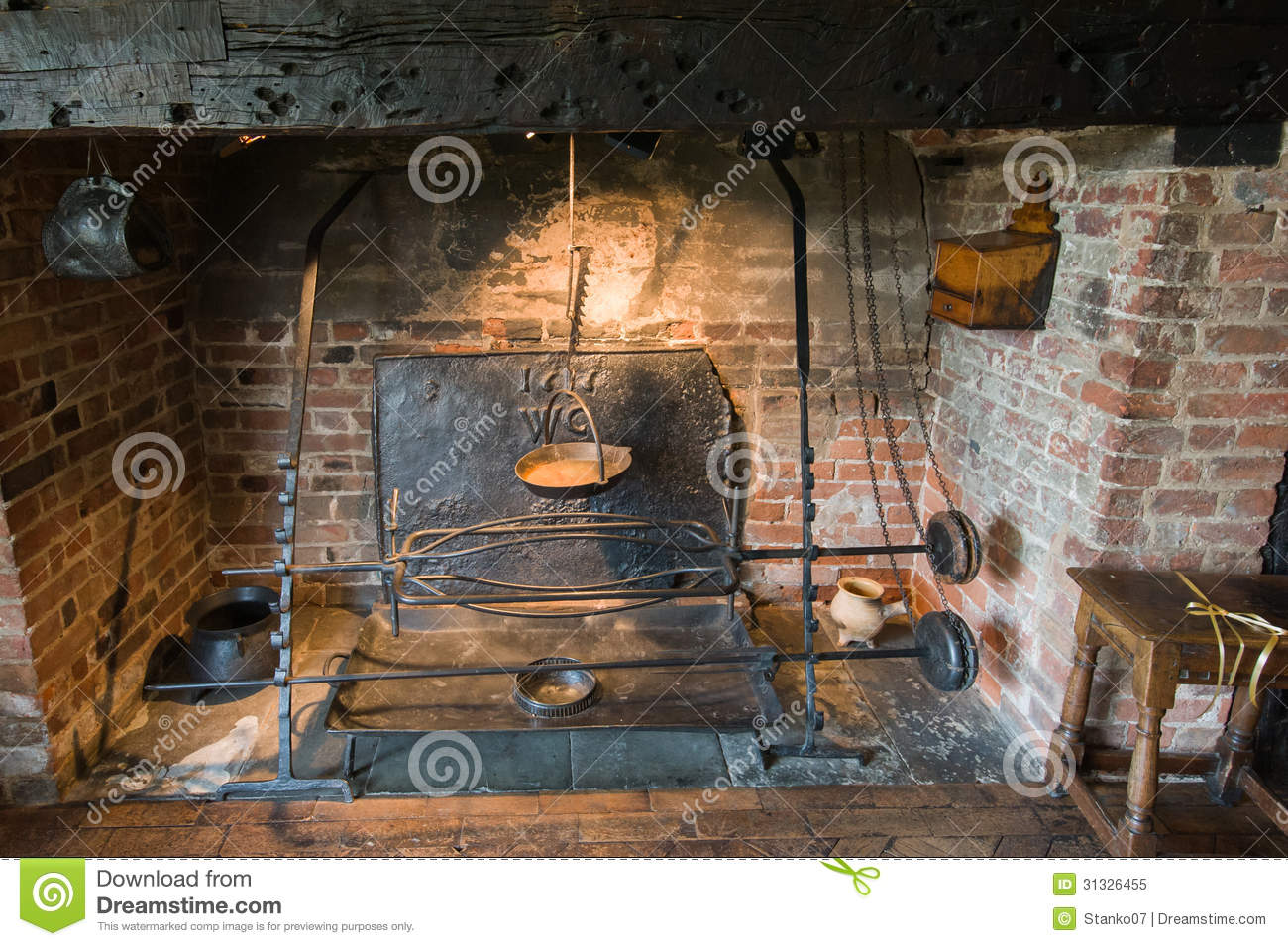 Ancient Fireplace Royalty Free Stock Photos - Image: 31326308