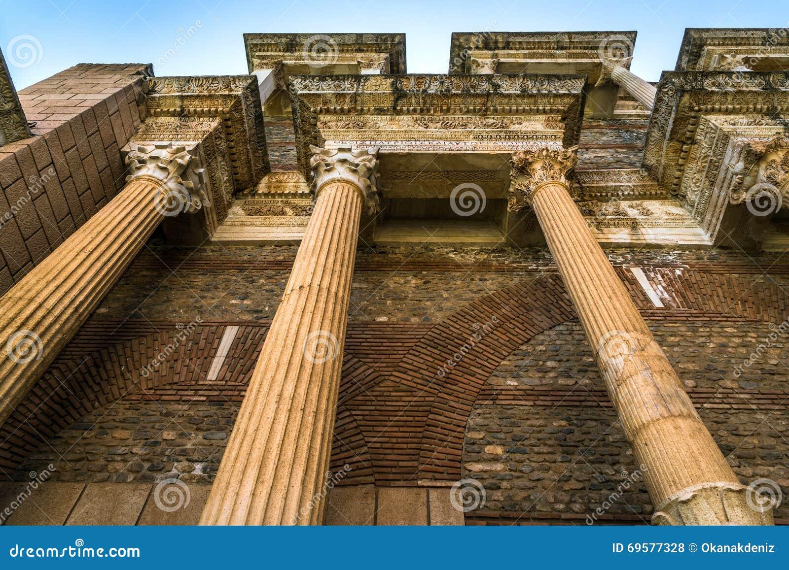 File:The Byzantine Shops, Sardis (Lydia), TurkeySardis