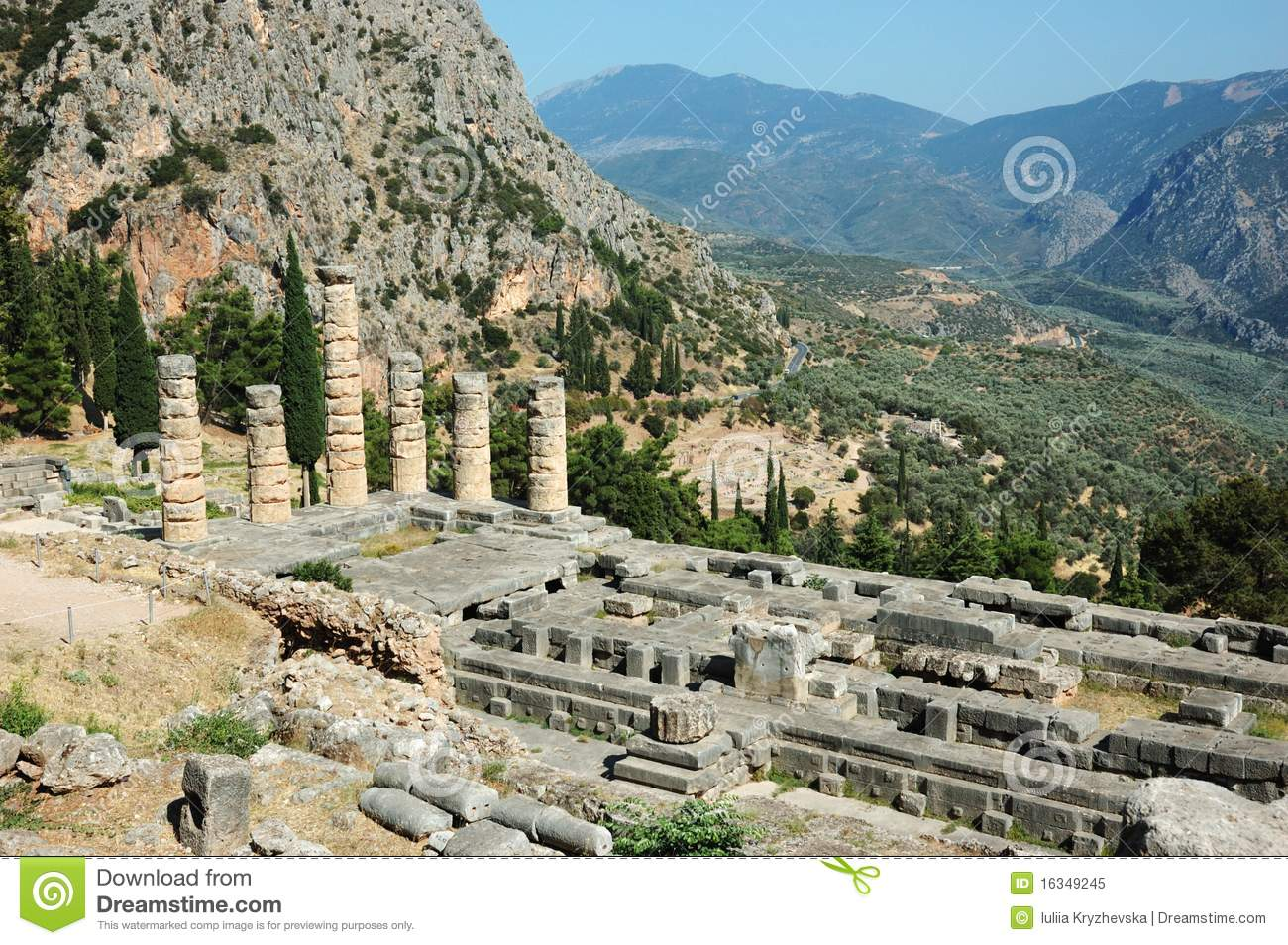 a look at the ancient temple of apollo at delphi A story told with adobe spark  ancient delphi was a temple complex dedicated to the god apollo and  (ivory and gold made to look realistic) statue of apollo, .