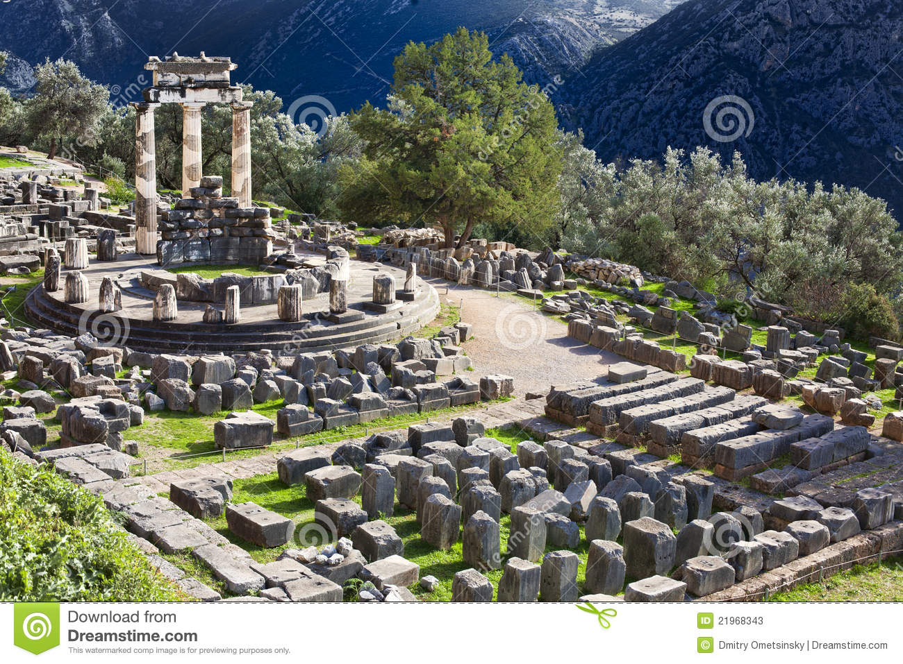 Delphi Greece  city pictures gallery : ... of Ancient Greek temple of Athena on Mount Parnas in Delphi, Greece