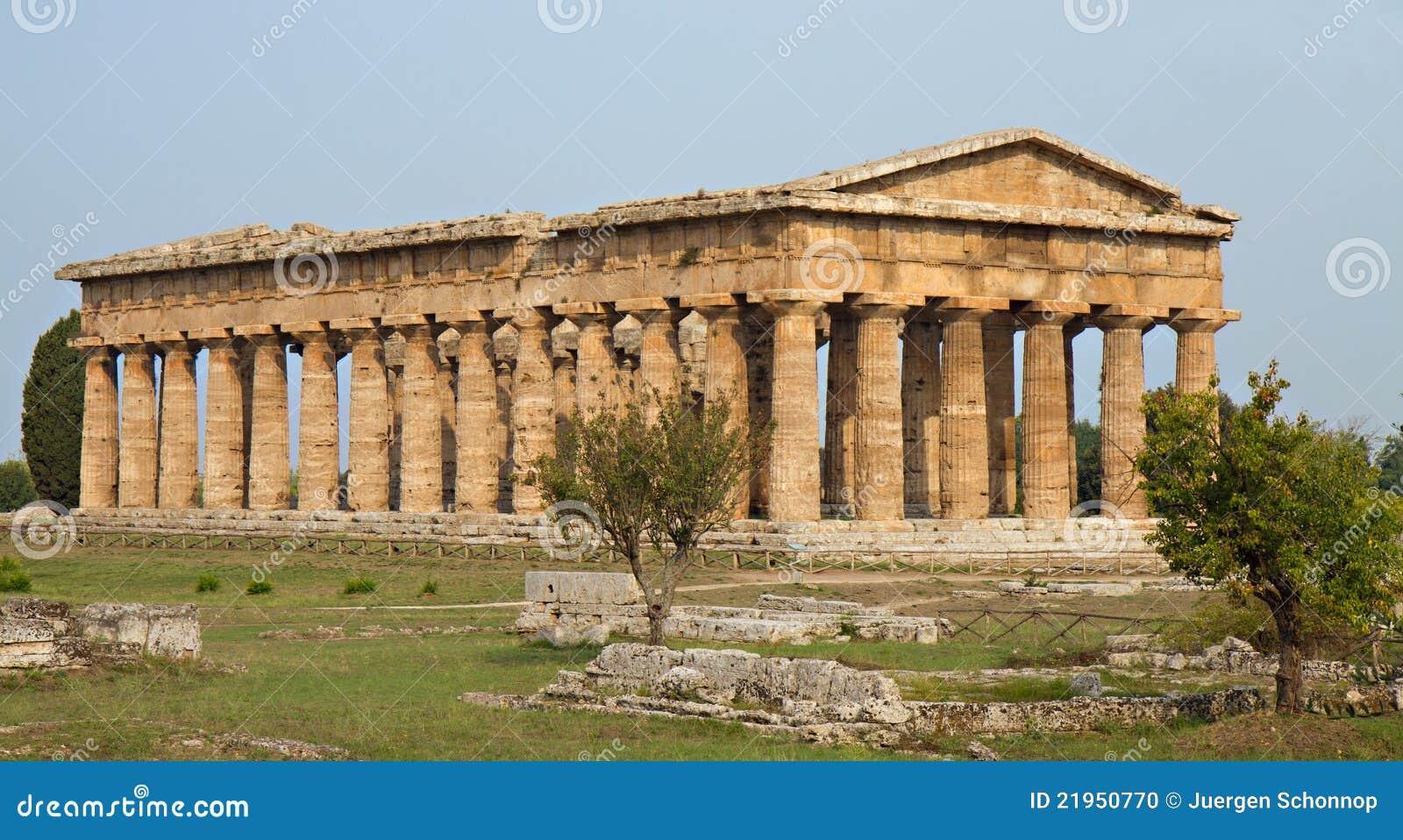 Ancient Greek Temple Of Poseidon Stock Photo - Image: 21950770