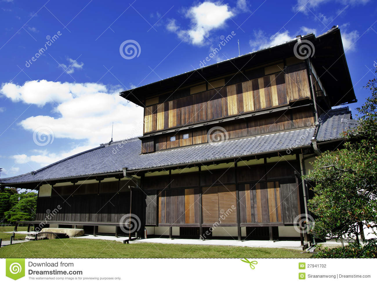 Ancient japanese architecture stock photo image 27941702 for Architecture japon