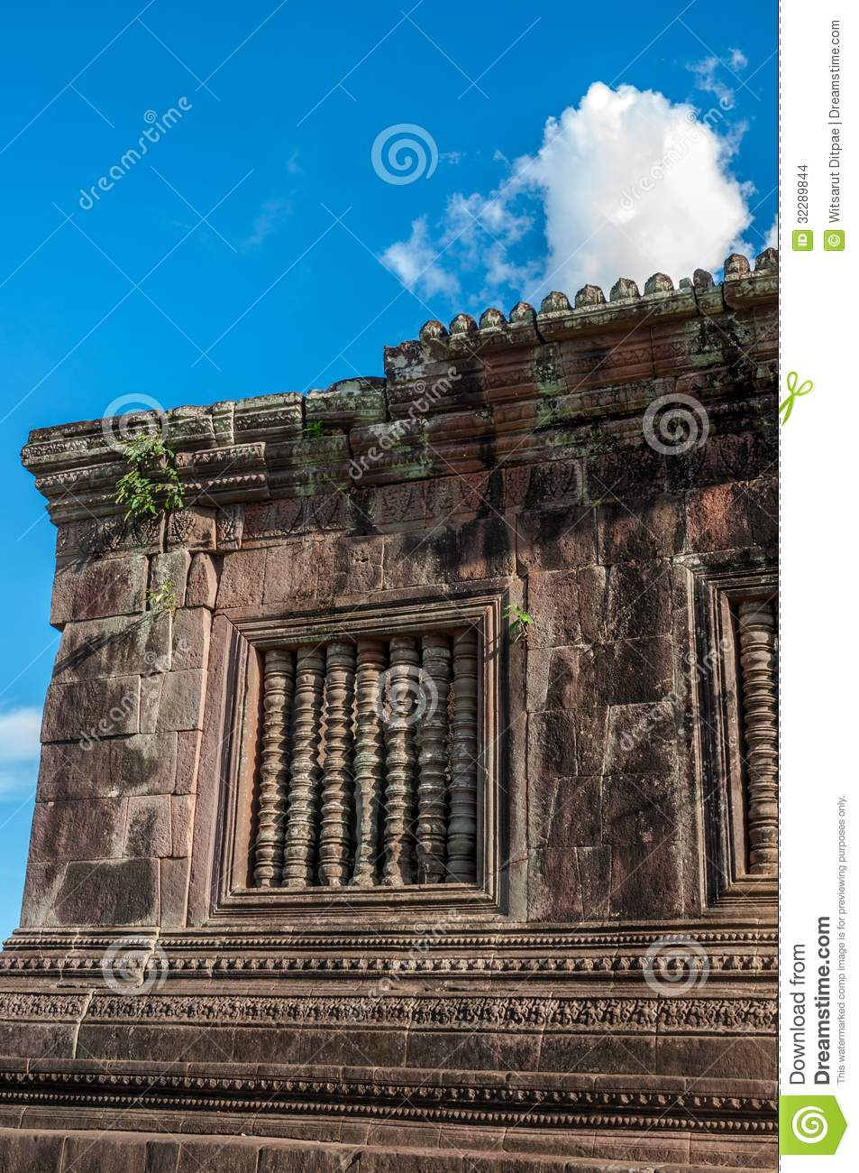 Ancient khmer architecture at wat phou stock images for Architecture khmer