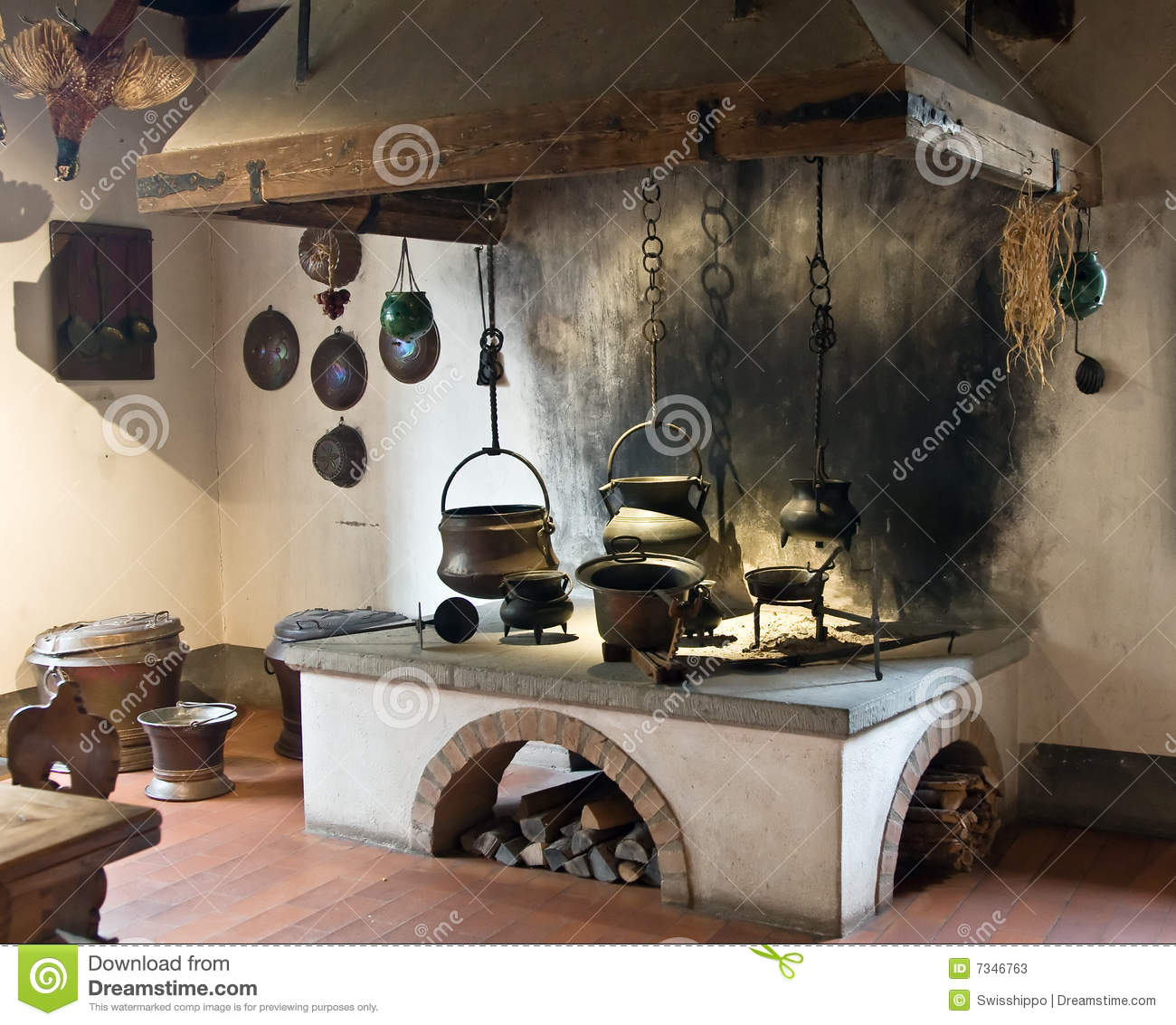 Ancient kitchen stock image image of oven cook for Cocinas de pueblo