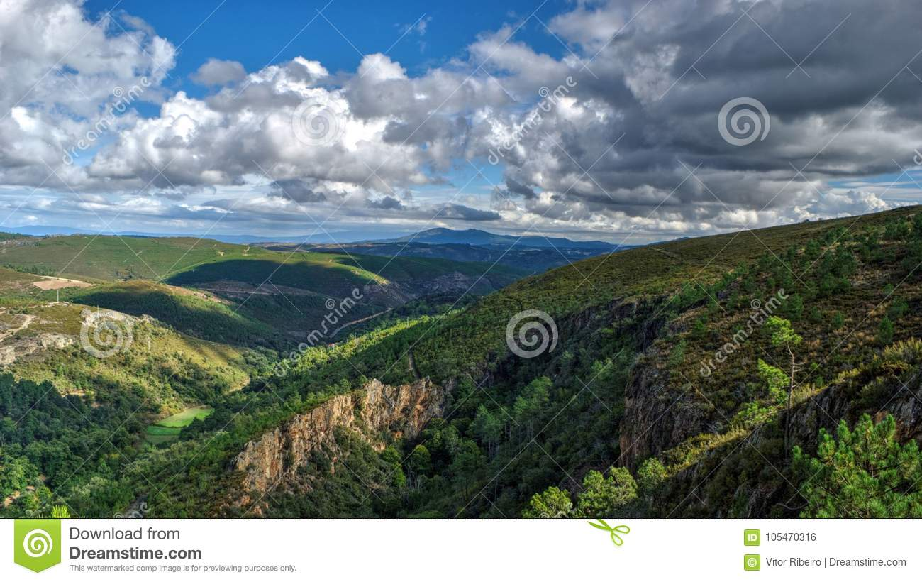 Download Ancient Roman Gold Mine In Tresminas Stock Photo - Image of heritage, landscape: 105470316
