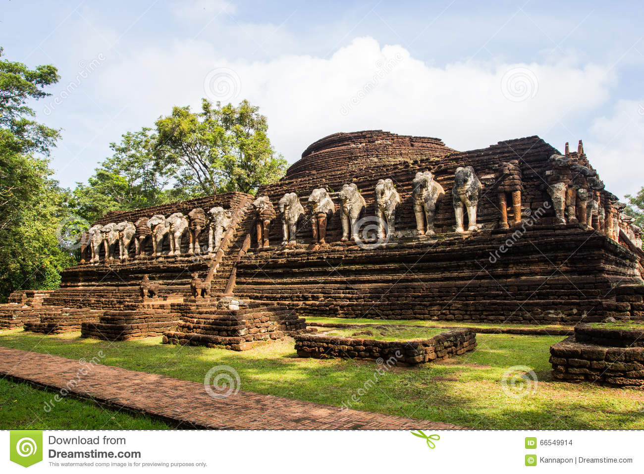 Ancient Temple In Kamphaeng Phet Historical Park. Stock ...