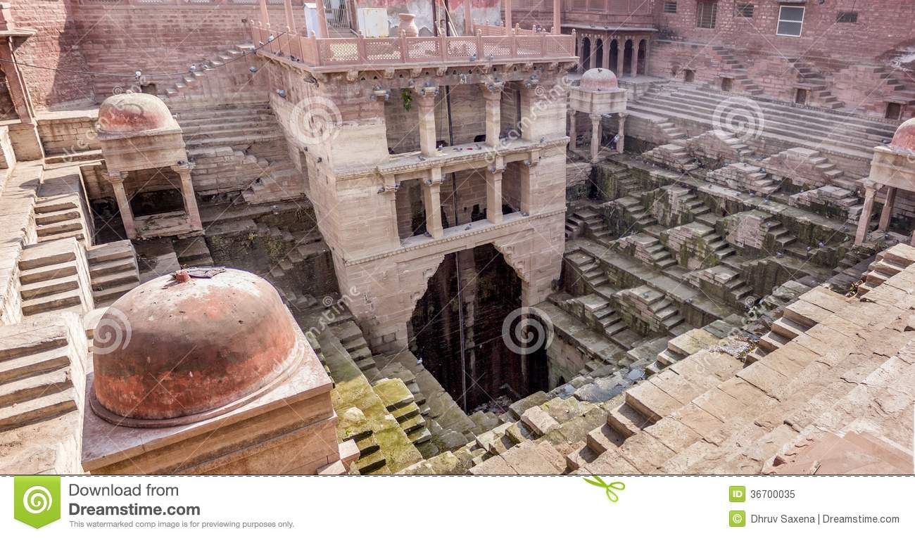 IMAGE(http://thumbs.dreamstime.com/z/ancient-water-reservoir-bawdi-india-wide-angle-shot-style-multistory-stepped-architecture-equipped-well-36700035.jpg)