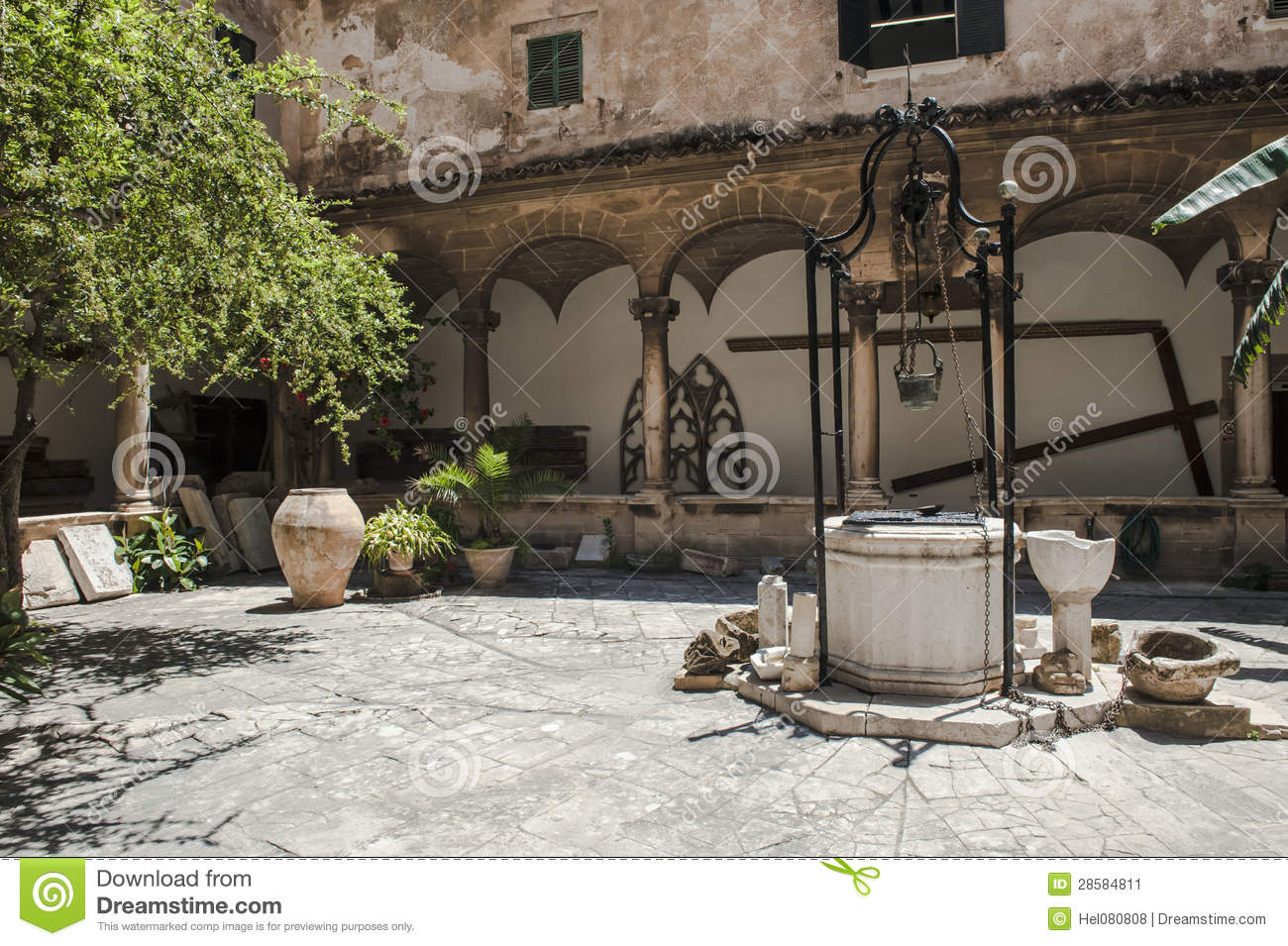 Ancient Water Well Stock Image Image 28584811