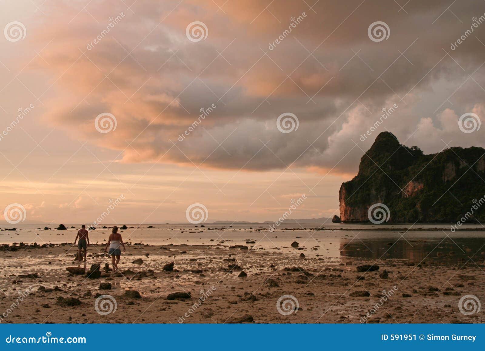 Andaman夜间酸值phiphi日落