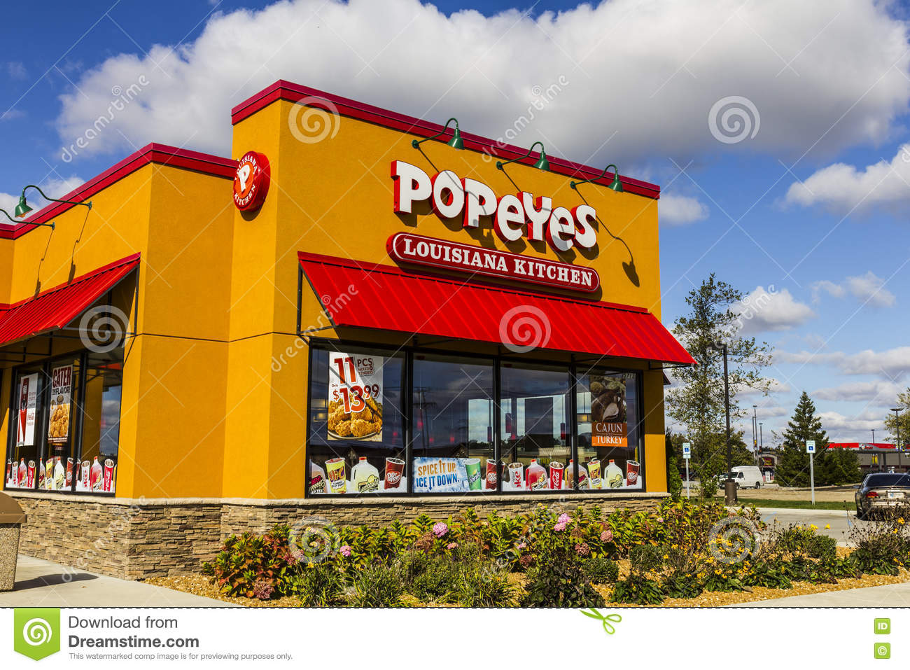 Popeyes Louisiana Kitchen Building anderson - circa october 2016: popeyes louisiana kitchen fast food