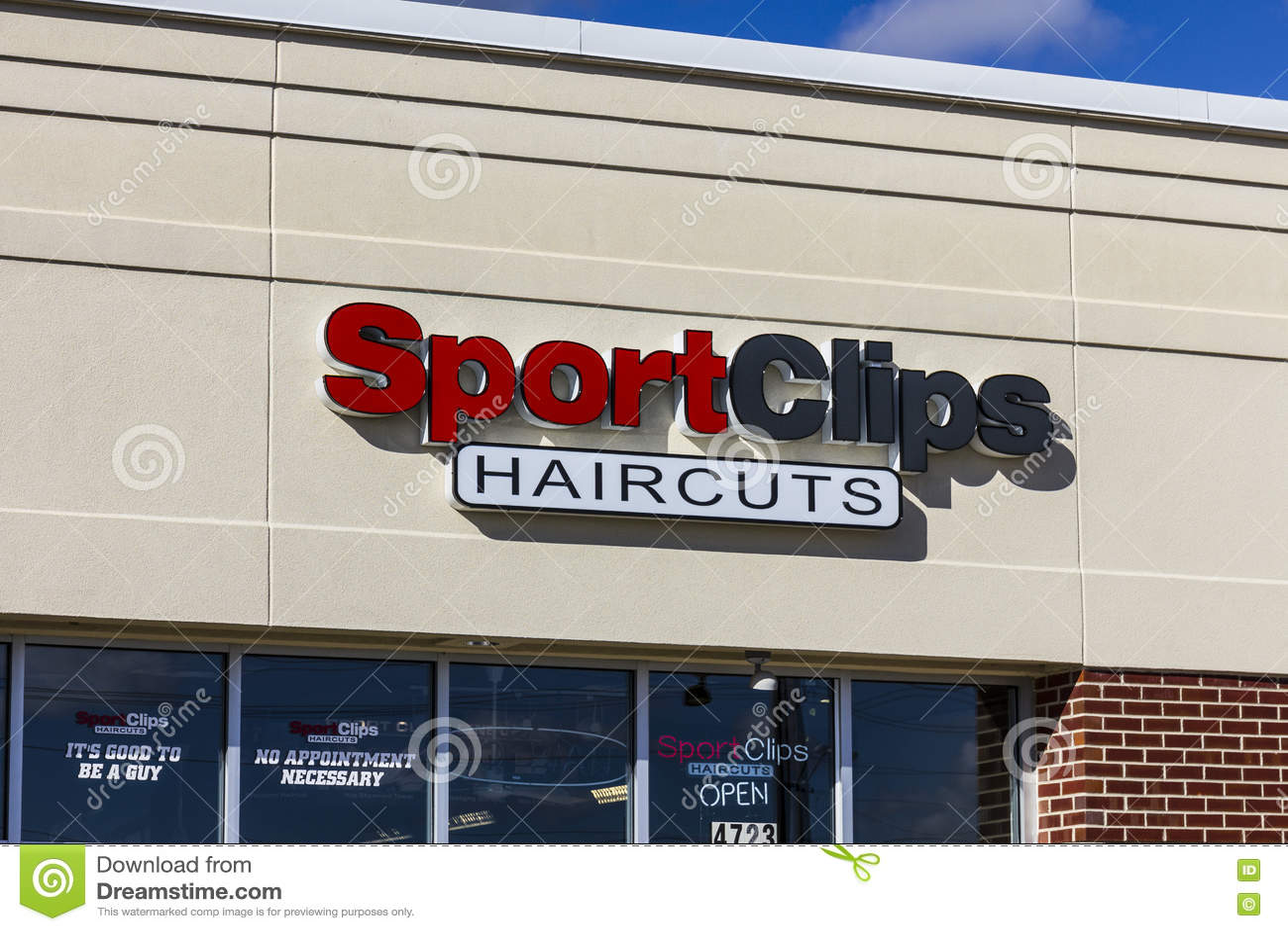 Anderson Circa October 2016 Sport Clips Strip Mall Haircut