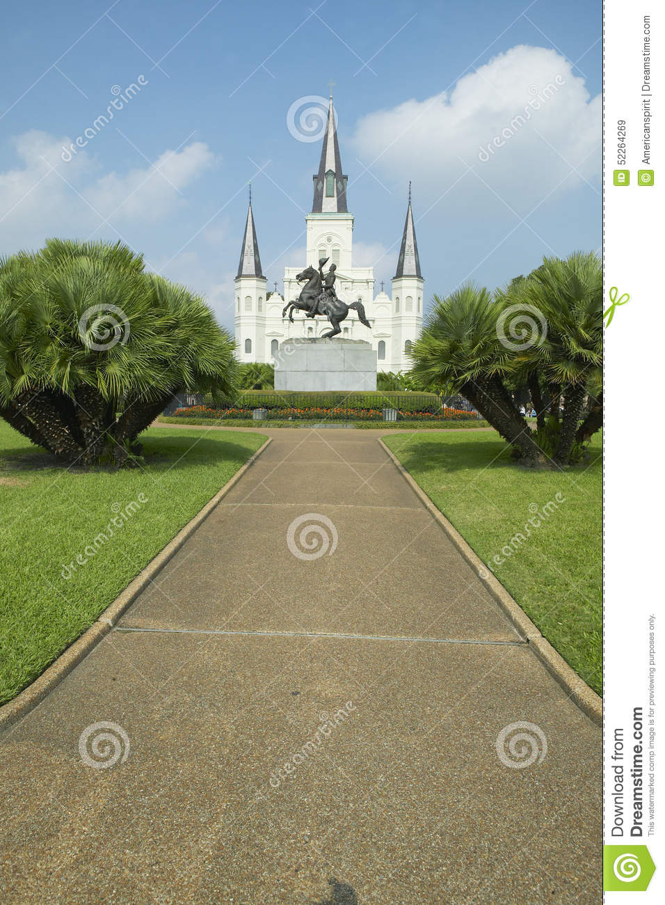 Andrew Jackson Statue y St Louis Cathedral, Jackson Square en New Orleans, Luisiana