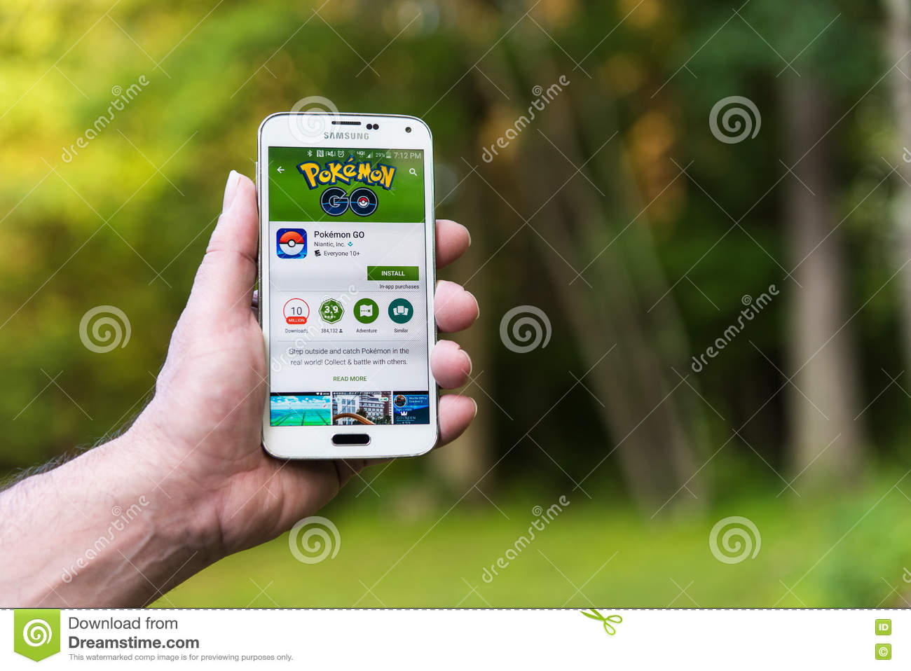 Android User Prepares To Install Pokemon Go Editorial Stock